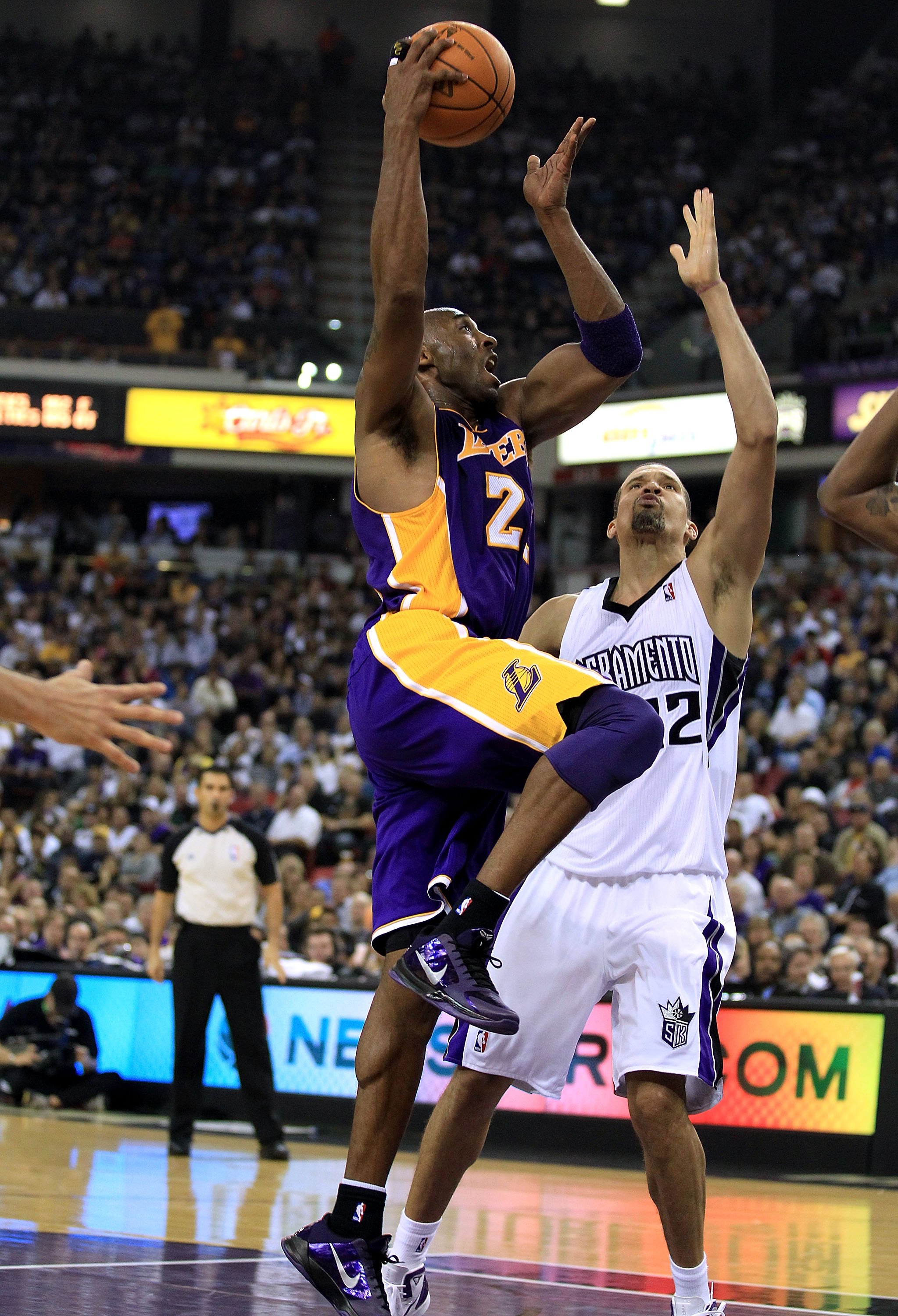 SACRAMENTO, CA - NOVEMBER 03:  Kobe Bryant #24 of the Los Angeles Lakers in action against the Sacramento Kings at ARCO Arena on November 3, 2010 in Sacramento, California.  NOTE TO USER: User expressly acknowledges and agrees that, by downloading and or