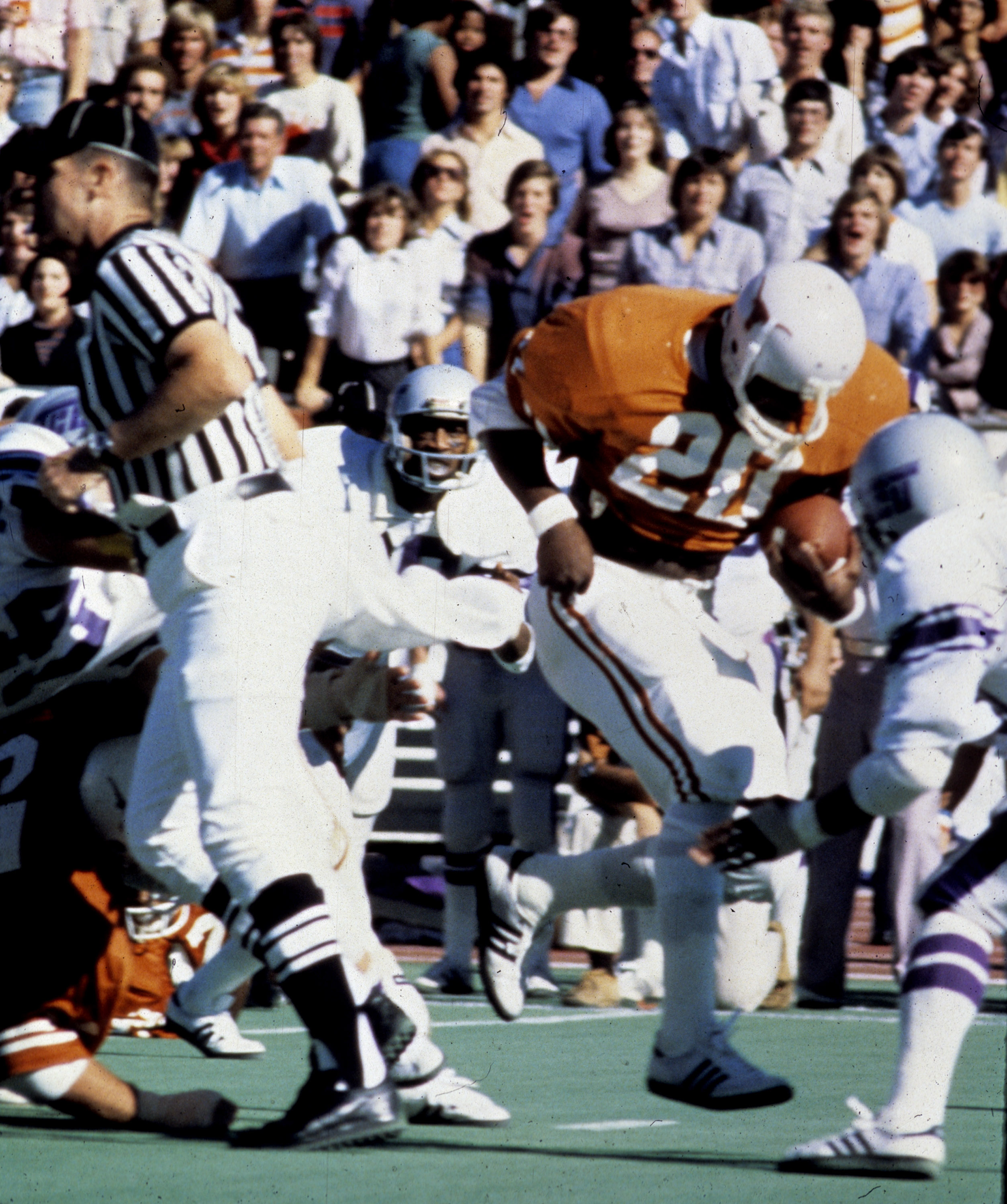 Running back Earl Campbell of the University of Texas Longhorns. Campbell was the 1977 Heisman trophy winner and was inducted into the Pro Football Hall of Fame in 1991. (Photo by University of Texas/Getty Images)