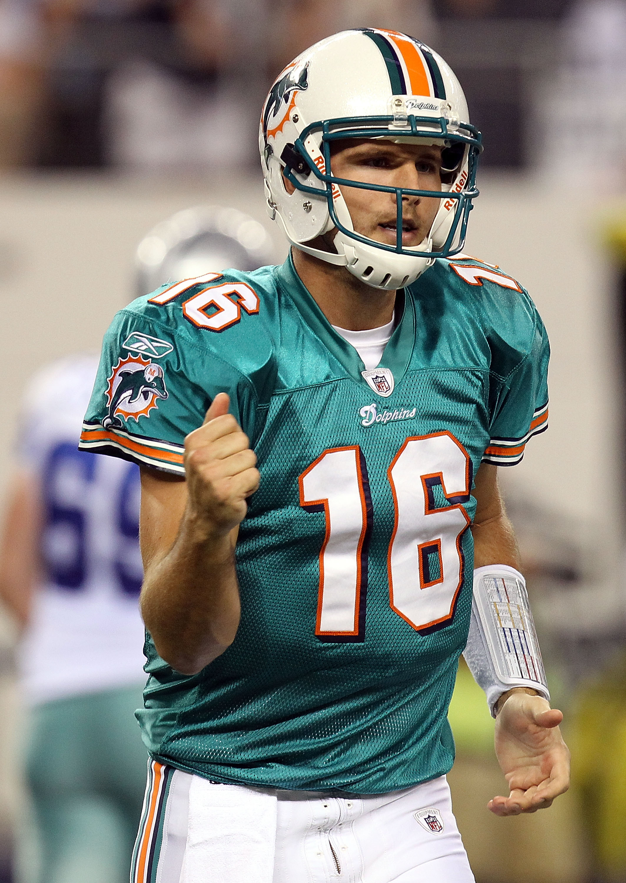 ARLINGTON, TX - SEPTEMBER 02:  Quarterback Tyler Thigpen #16 of the Miami Dolphins  during a preseason game at Cowboys Stadium on September 2, 2010 in Arlington, Texas.  (Photo by Ronald Martinez/Getty Images)