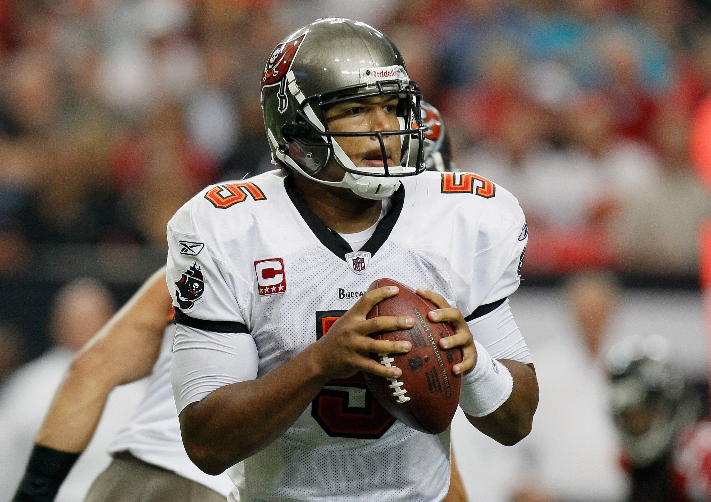 ATLANTA - NOVEMBER 07:  Quarterback Josh Freeman #5 of the Tampa Bay Buccaneers looks to pass against the Atlanta Falcons at Georgia Dome on November 7, 2010 in Atlanta, Georgia.  (Photo by Kevin C. Cox/Getty Images)