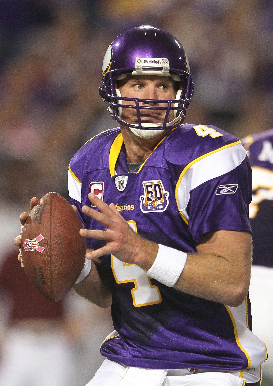 Vikings quarterback Brett Favre