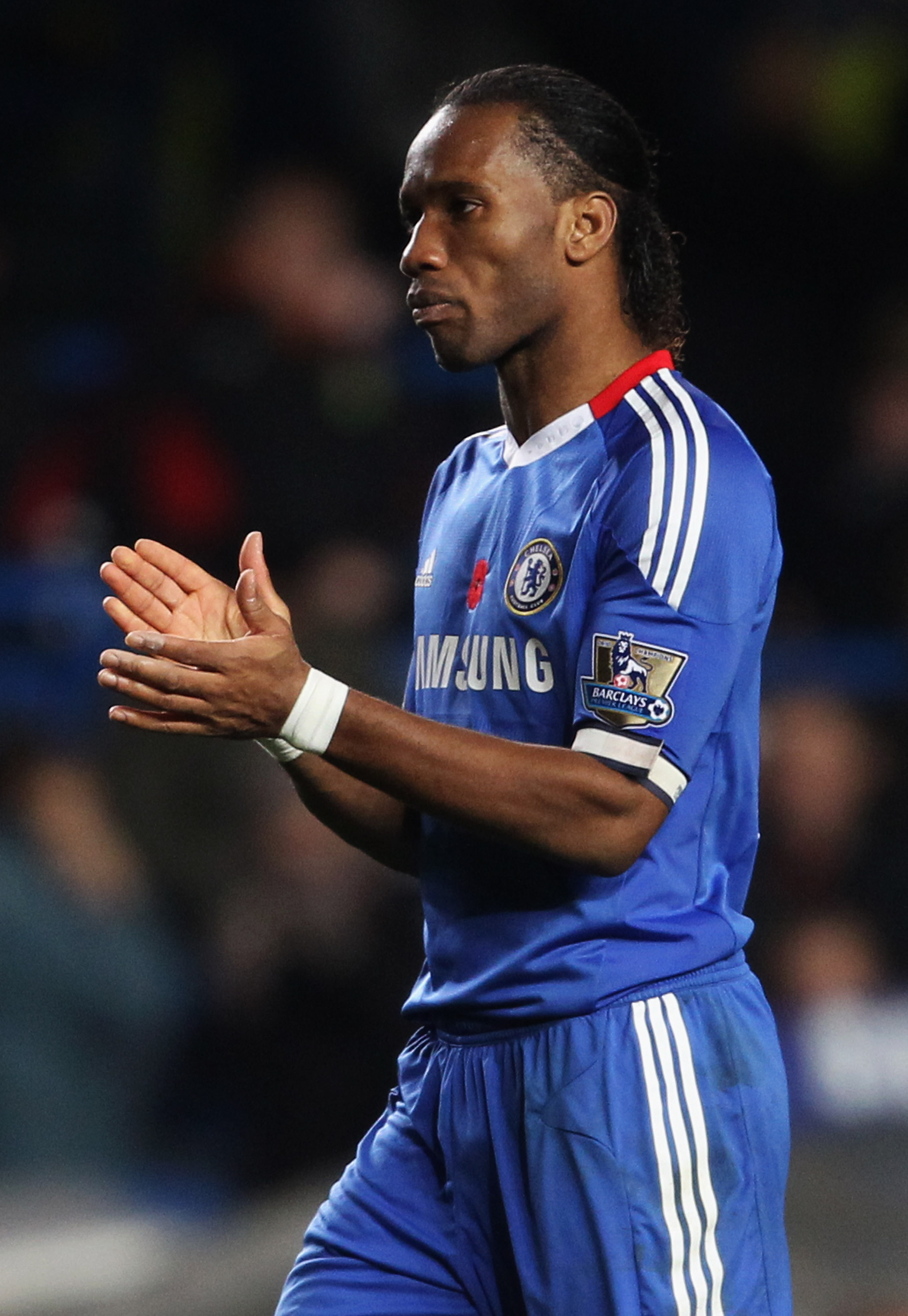 LONDON, ENGLAND - NOVEMBER 14:  Didier Drogba of Chelsea applauds during the Barclays Premier League match between Chelsea and Sunderland at Stamford Bridge on November 14, 2010 in London, England.  (Photo by Scott Heavey/Getty Images)