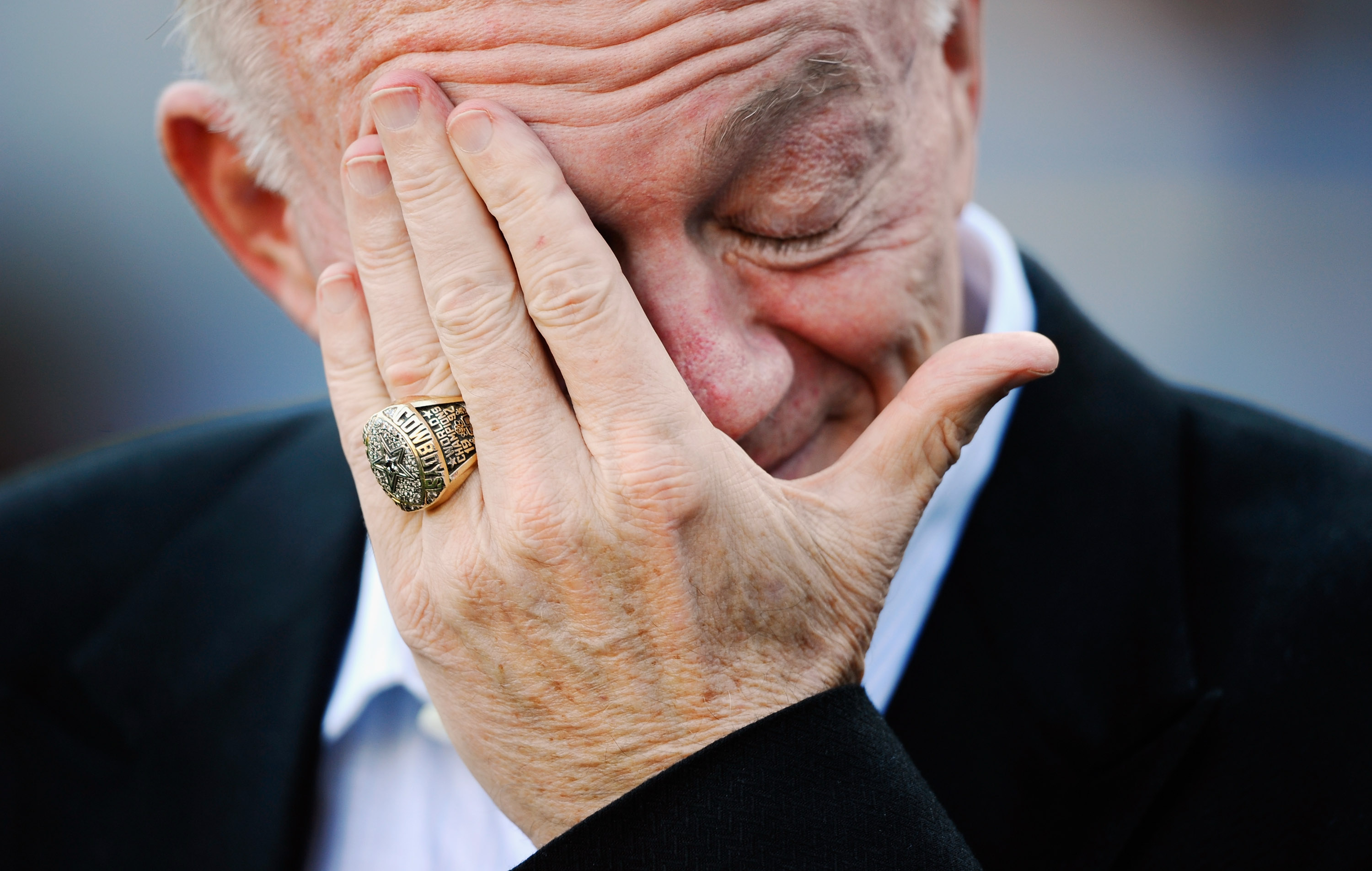 SAN DIEGO - AUGUST 21:  Dallas Cowboys owner Jerry Jones during preseason game against the San Diego Chargers at Qualcomm Stadium on August 21, 2010 in San Diego, California.  (Photo by Kevork Djansezian/Getty Images)