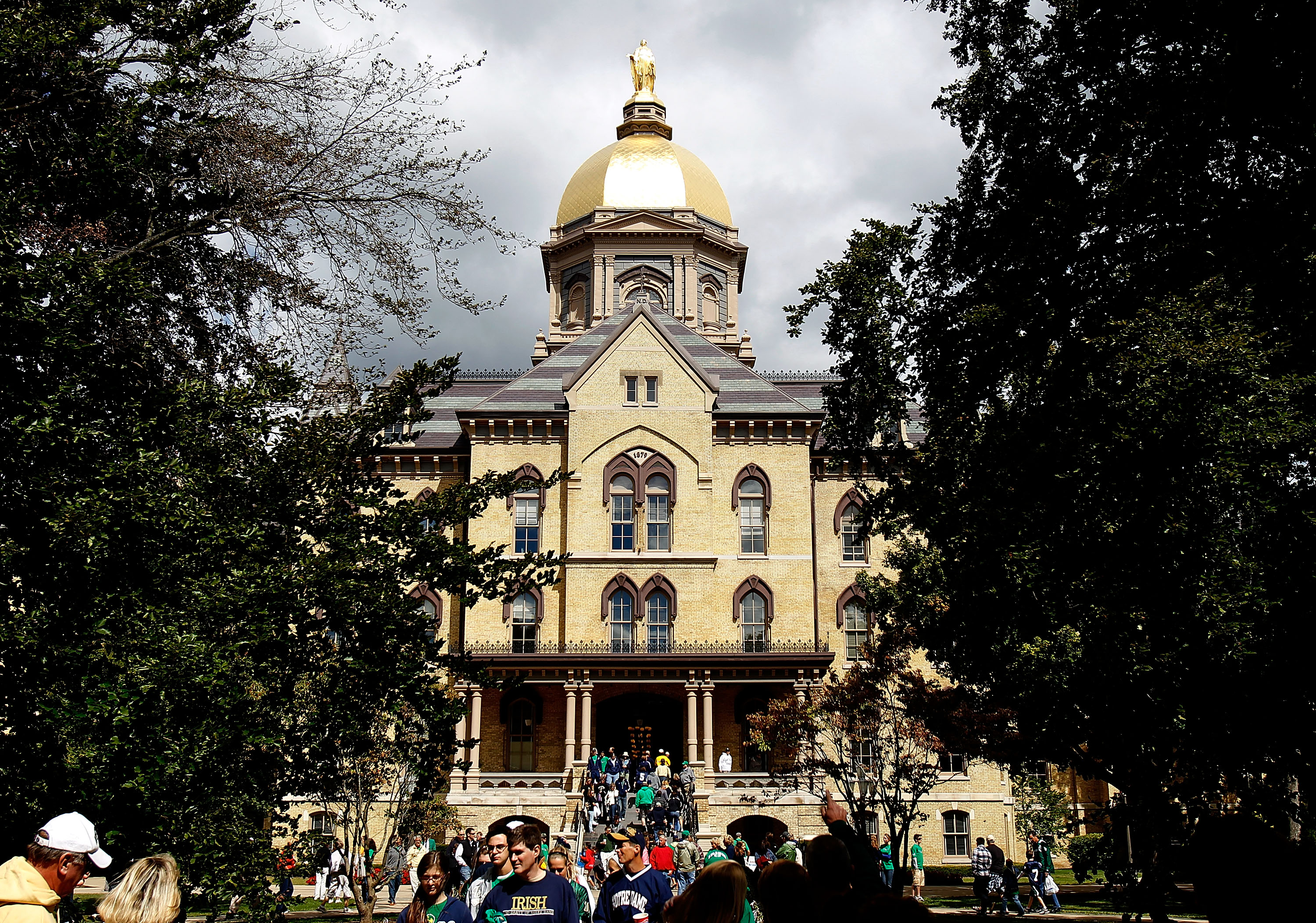 SOUTH BEND, IN - SEPTEMBER 04: The 'Golden Dome' is seen on the campus of Notre Dame University before a game between the Notre Dame Fighting Irish and the Purdue Boilermakers at Notre Dame Stadium on September 4, 2010 in South Bend, Indiana. (Photo by Jo