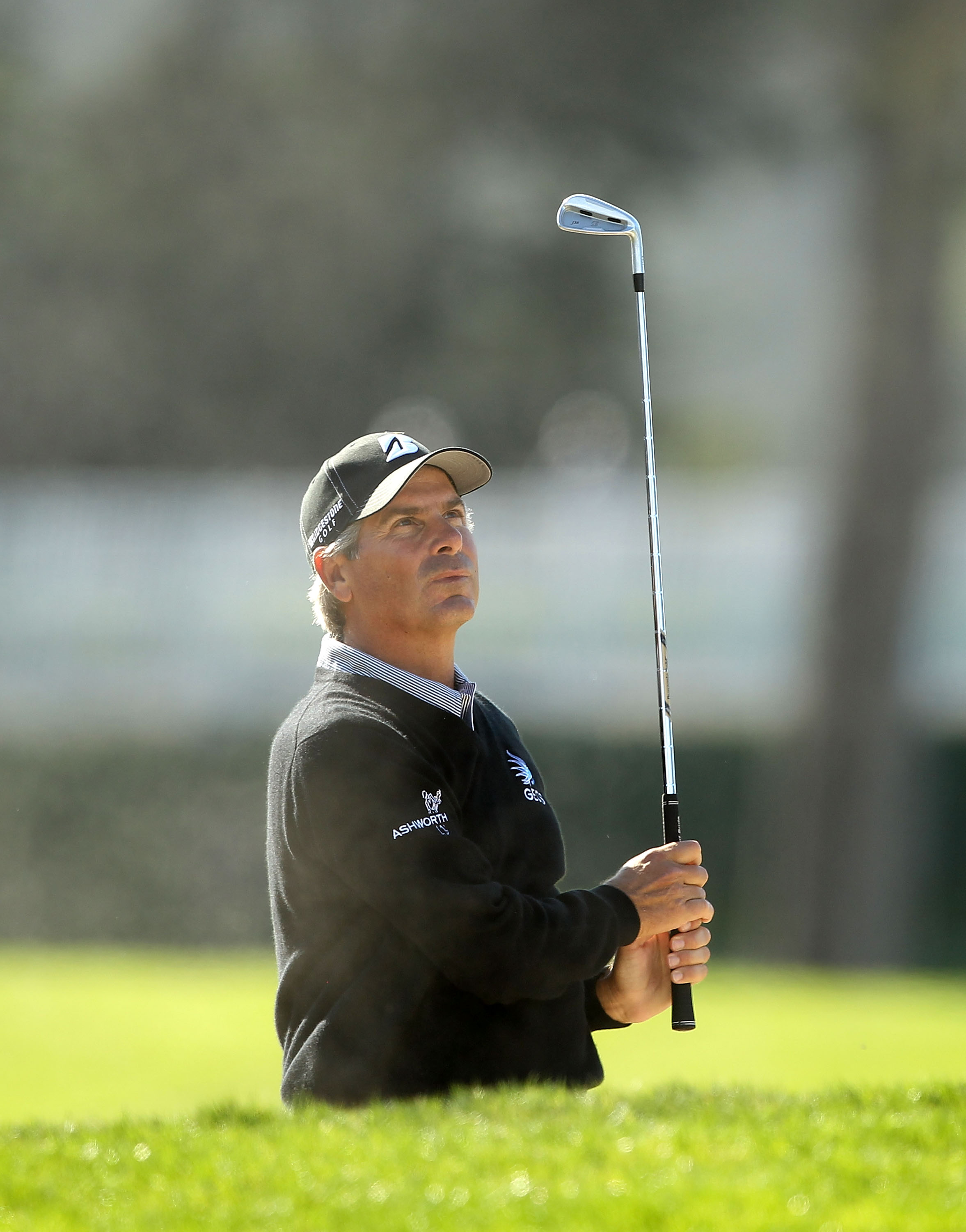 SAN FRANCISCO - NOVEMBER 06:  Fred Couples plays in round 3 of the Charles Schwab Cup Championship at Harding Park Golf Course on November 6, 2010 in San Francisco, California.  (Photo by Ezra Shaw/Getty Images)