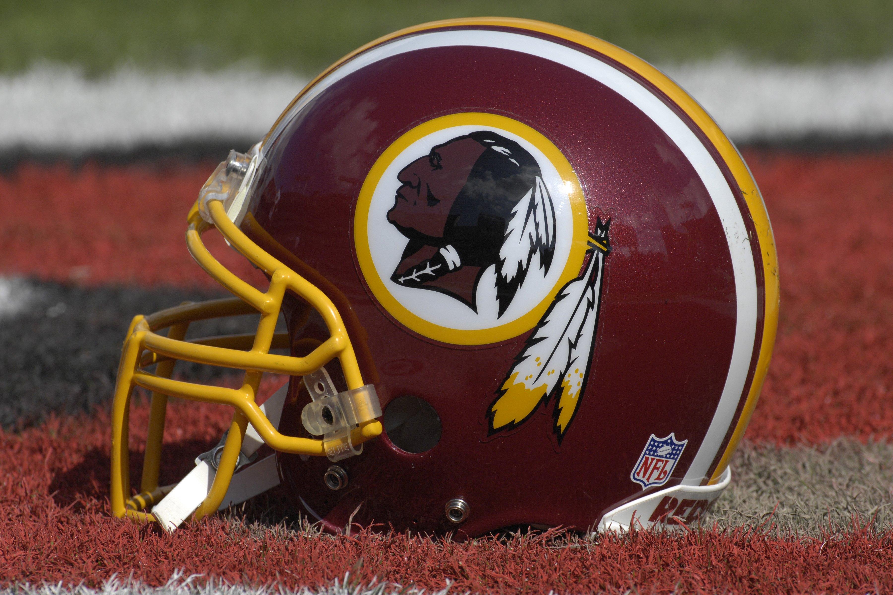 sale retailer d2576 dbbe9 Washington Redskins Uniforms through the Years | Bleacher ...