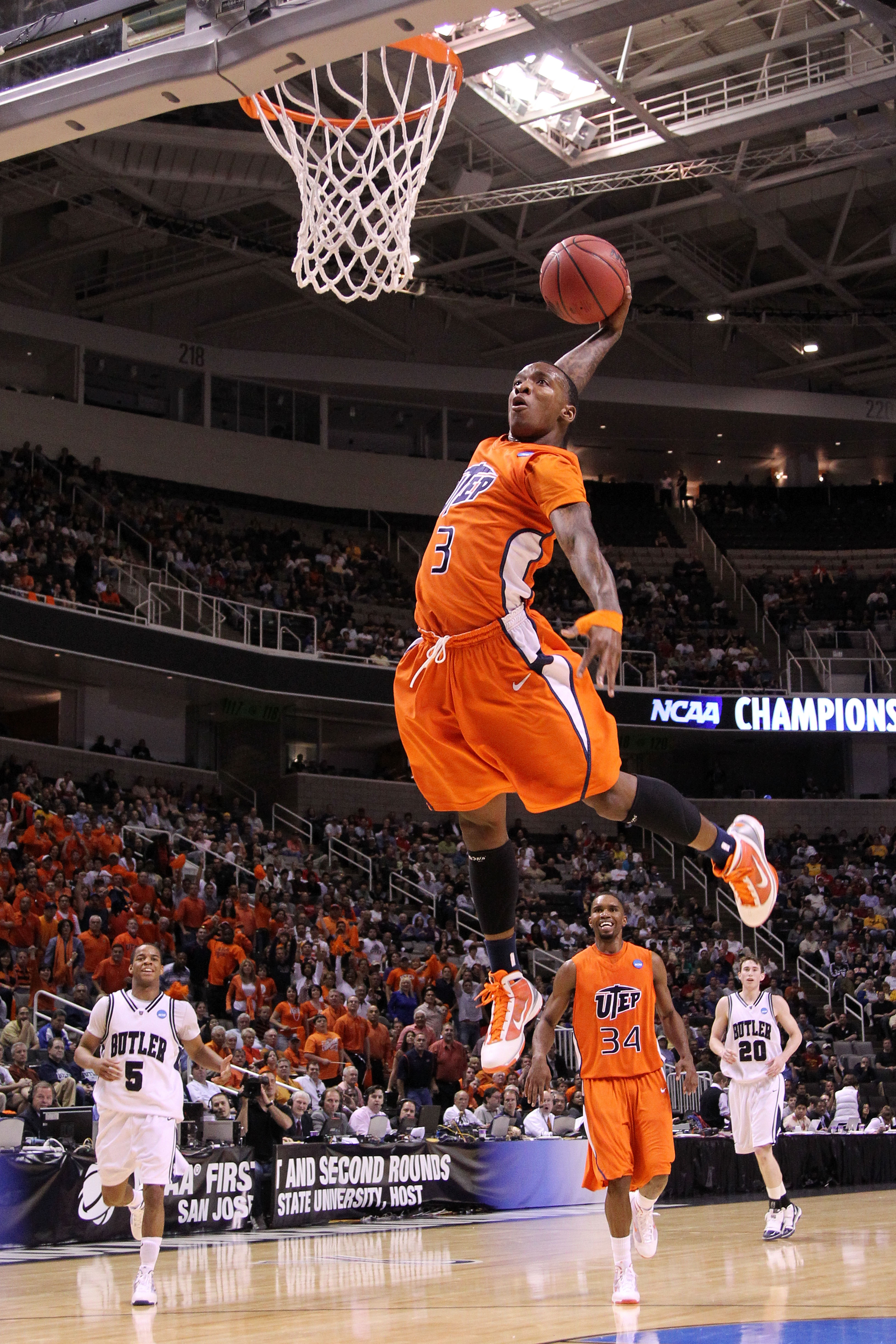 SAN JOSE, CA - MARCH 18:  Guard Randy Culpepper #3 of the UTEP Miners dunks the ball against the Butler Bulldogs during the first round of the 2010 NCAA men's basketball tournament at HP Pavilion on March 18, 2010 in San Jose, California.  (Photo by Jed J