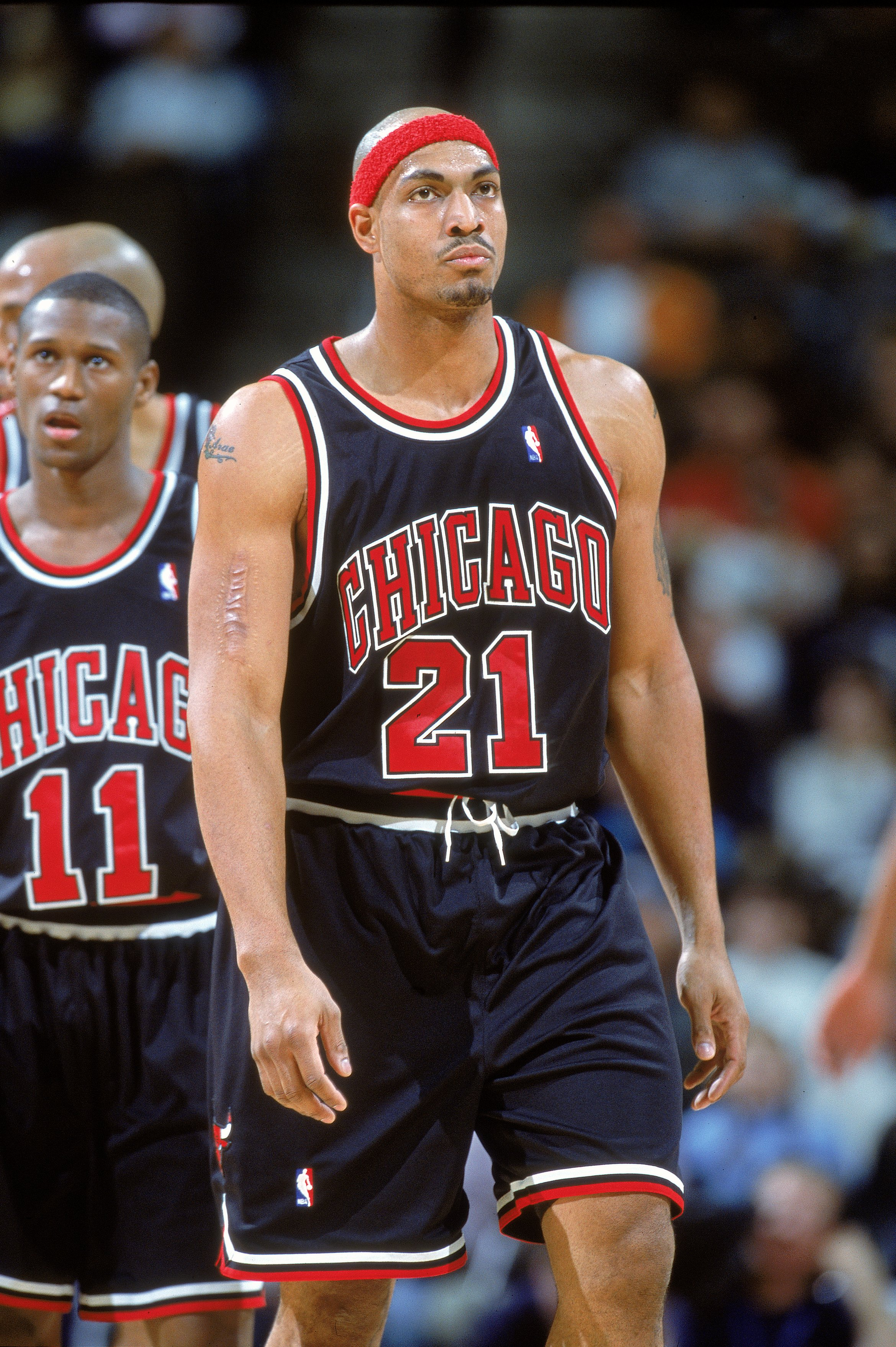 16 Nov 2000: Marcus Fizer #21 of the Chicago Bulls walks down the court during the game against the Denver Nuggets at the Pepsi Center in Denver, Colorado.  The Nuggets defeated the Bulls 89-85.   NOTE TO USER: It is expressly understood that the only rig