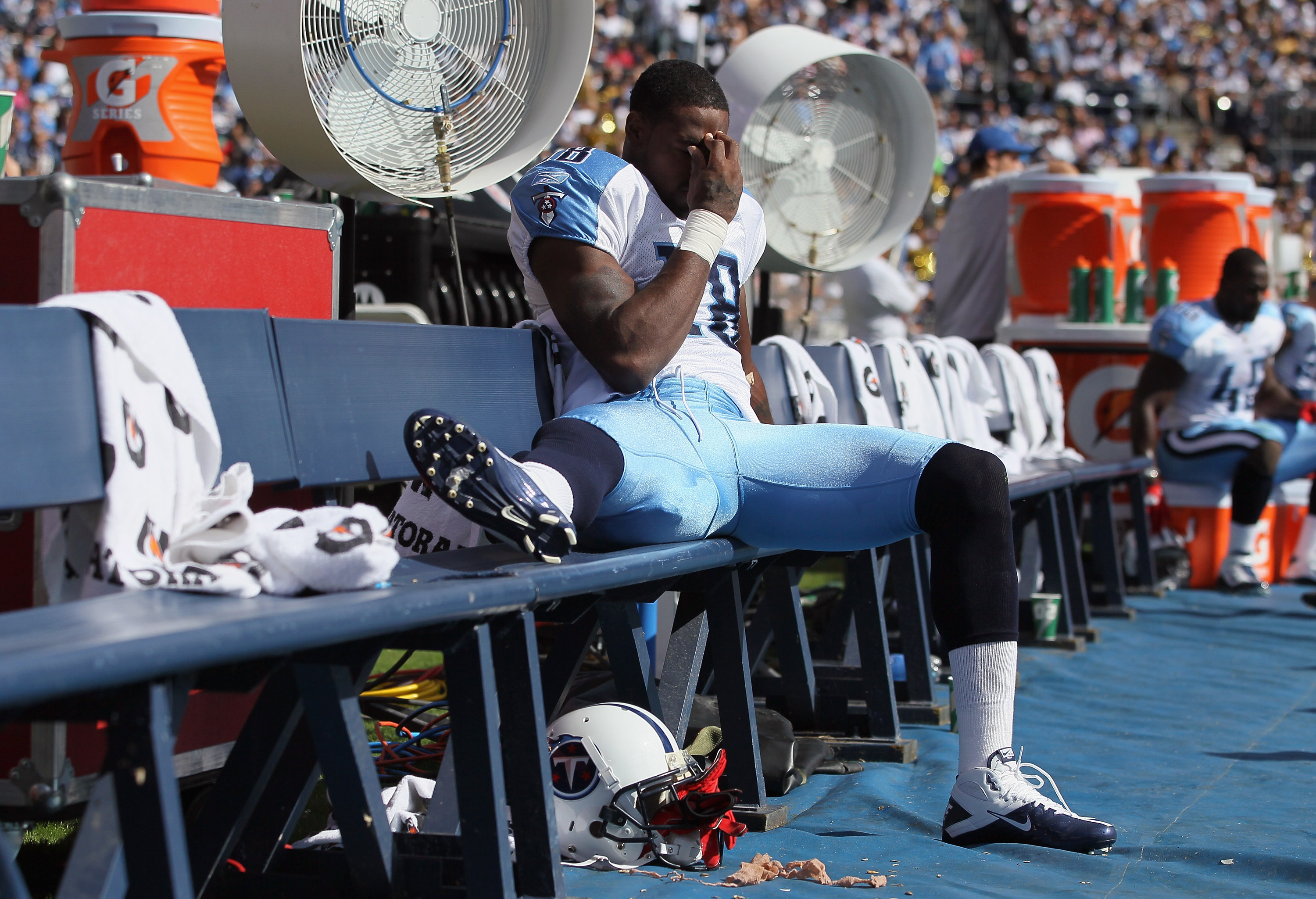 SAN DIEGO - OCTOBER 31:  Wide receiver Kenny Britt #18 of the Tennessee Titans sits on the bench after injuring his leg in the first quarter against the San Diego Chargers at Qualcomm Stadium on October 31, 2010 in San Diego, California.  (Photo by Jeff G