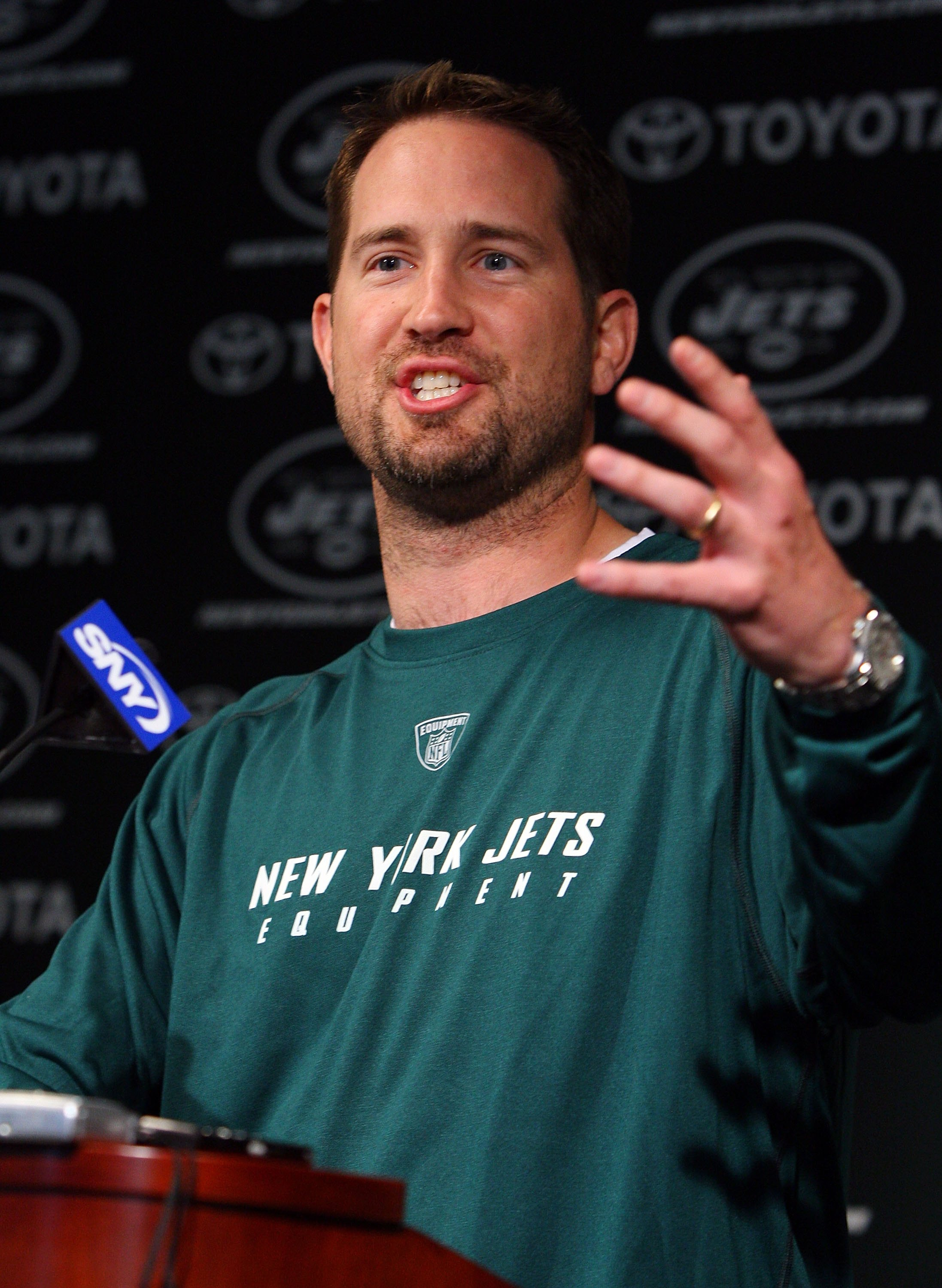FLORHAM PARK, NJ - MAY 02:  Offensive coordinator Brian Schottenheimer of the New York Jets speaks to the media during minicamp on May 2, 2009 at the Atlantic Health Jets Training Center in Florham Park, New Jersey.  (Photo by Jim McIsaac/Getty Images)