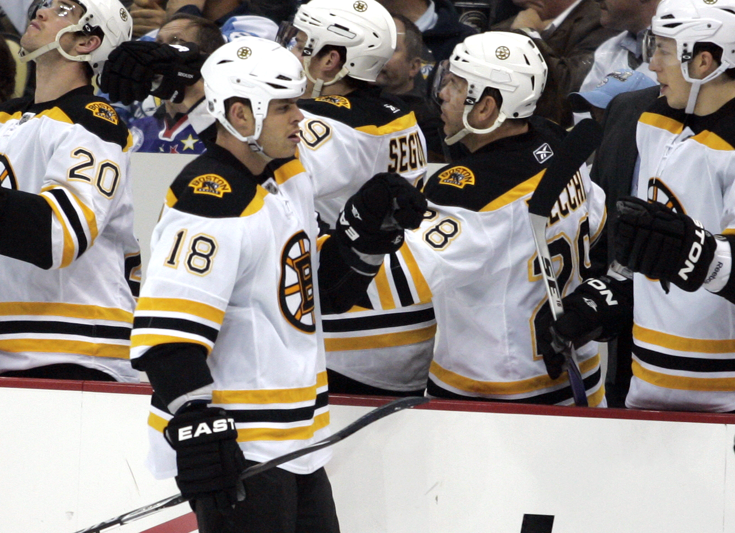 PITTSBURGH - NOVEMBER 10:  Nathan Horton #18 of the Boston Bruins celebrates his third period goal with teammates against the Pittsburgh Penguins at Consol Energy Center on November 10, 2010 in Pittsburgh, Pennsylvania.  The Bruins defeated the Penguins 7