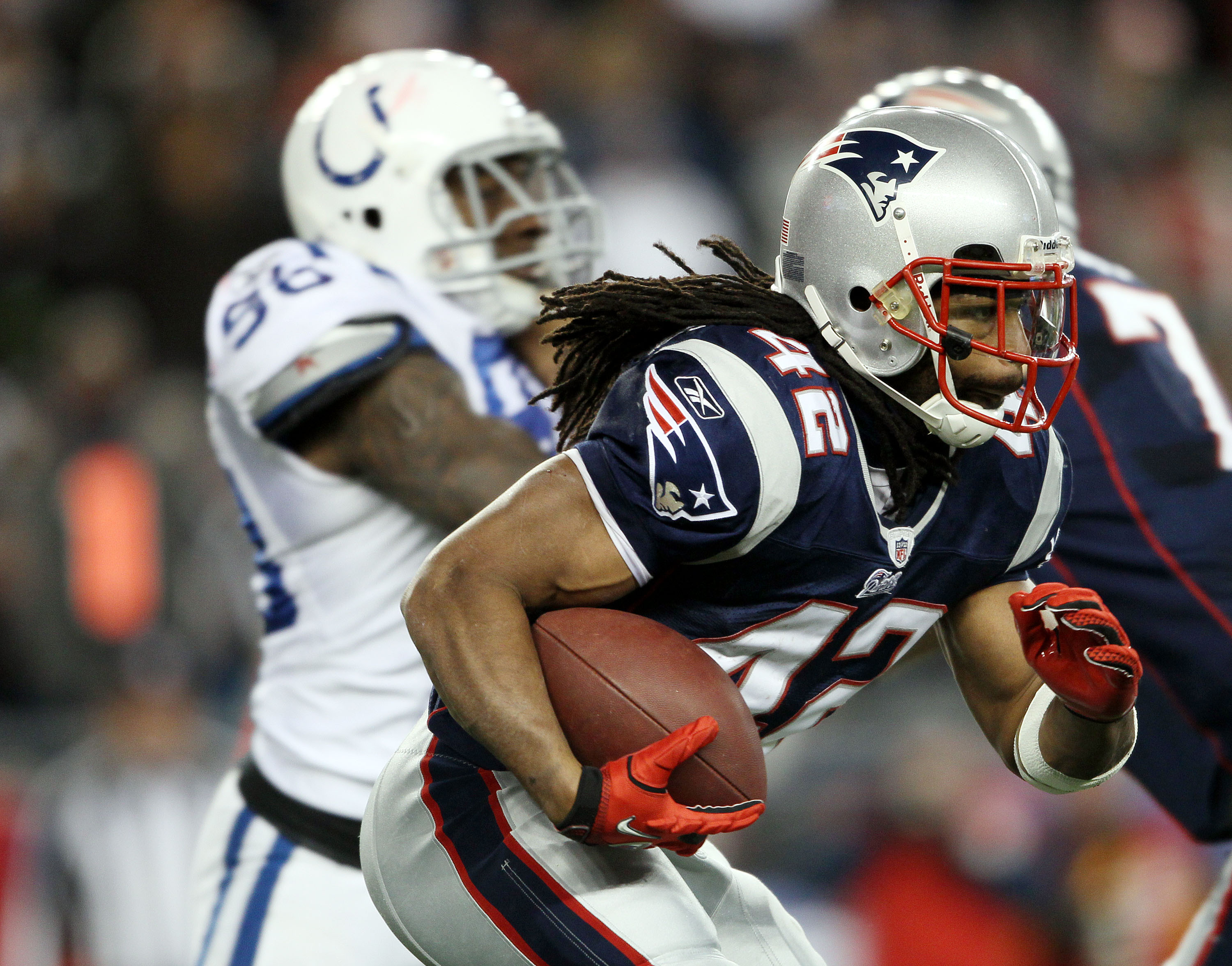 FOXBORO, MA - NOVEMBER 21:  BenJarvus Green-Ellis #42 of the New England Patriots carries the ball in the first half against the Indianapolis Colts on November 21, 2010 at Gillette Stadium in Foxboro, Massachusetts. The Patriots defeated the Colts 31-28.
