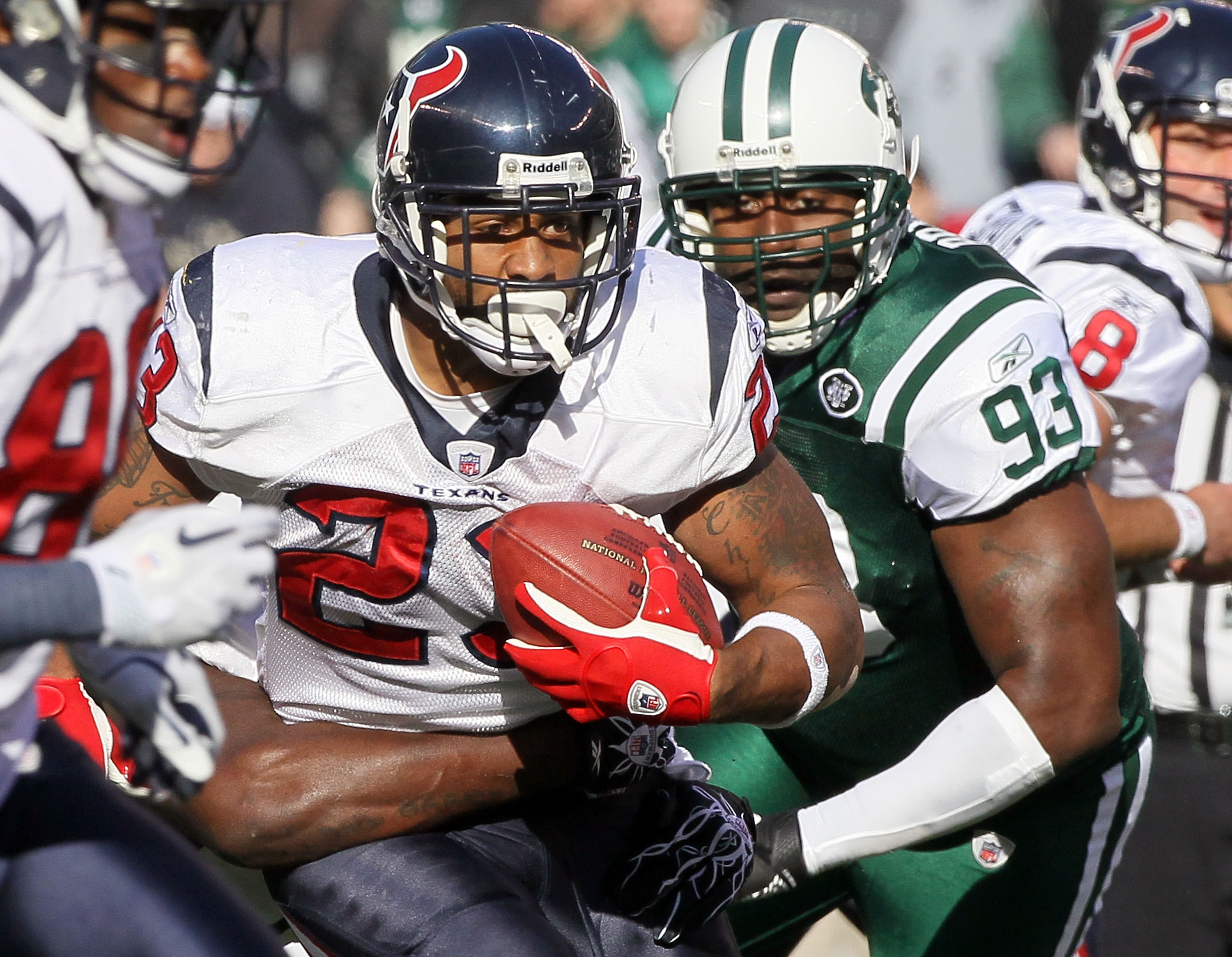 EAST RUTHERFORD, NJ - NOVEMBER 21:  Arian Foster #23 of the Houston Texans runs the ball against Trevor Pryce #93 of the New York Jets on November 21, 2010 at the New Meadowlands Stadium in East Rutherford, New Jersey.  (Photo by Jim McIsaac/Getty Images)