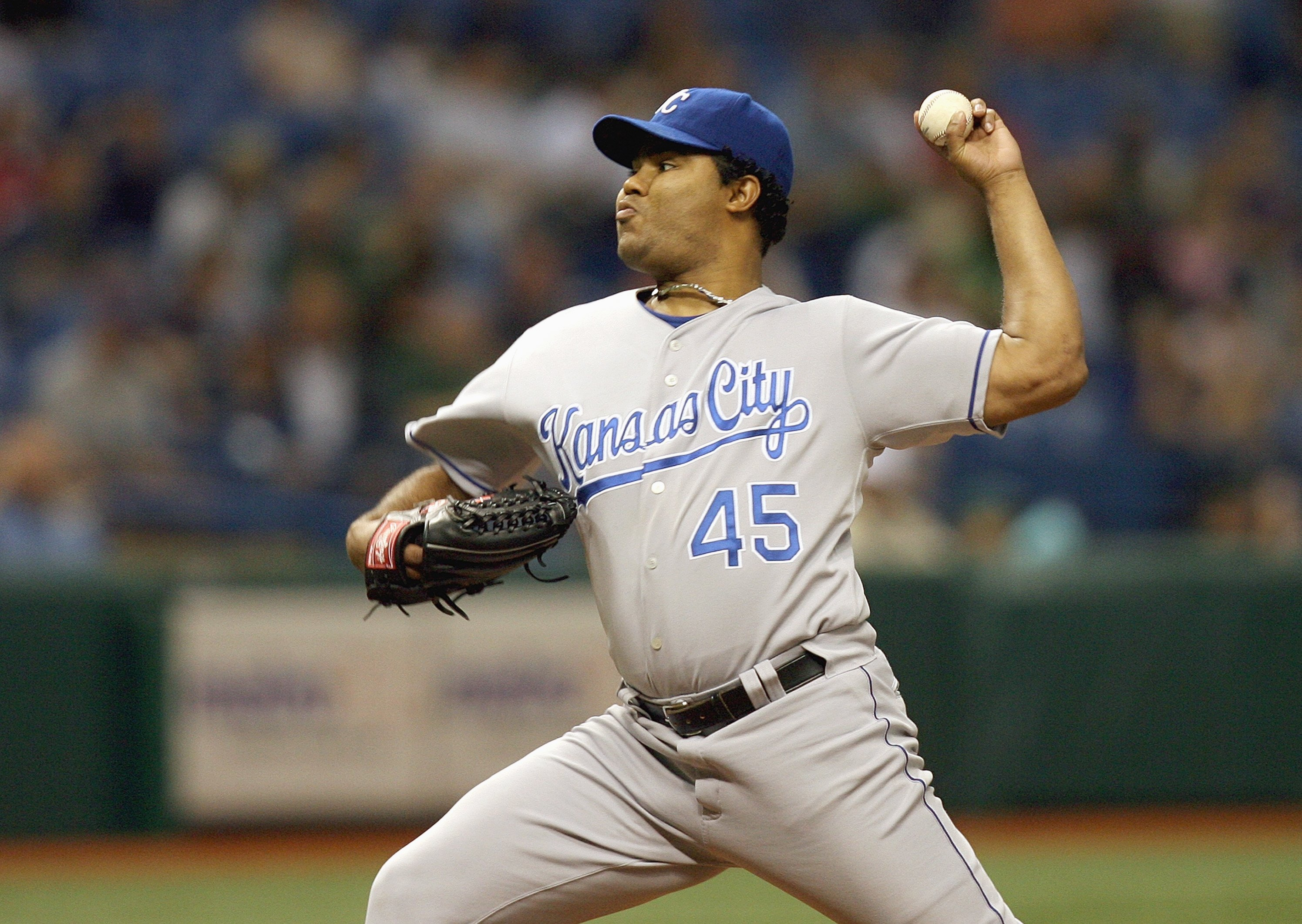 TAMPA, FL - JUNE 02: Odalis Perez #45 of the Kansas City Royals pitches in the first inning against the Tampa Bay Devil Rays at Tropicana Field on June 2, 2007 in Tampa, Florida. (Photo by Doug Benc/Getty Images)