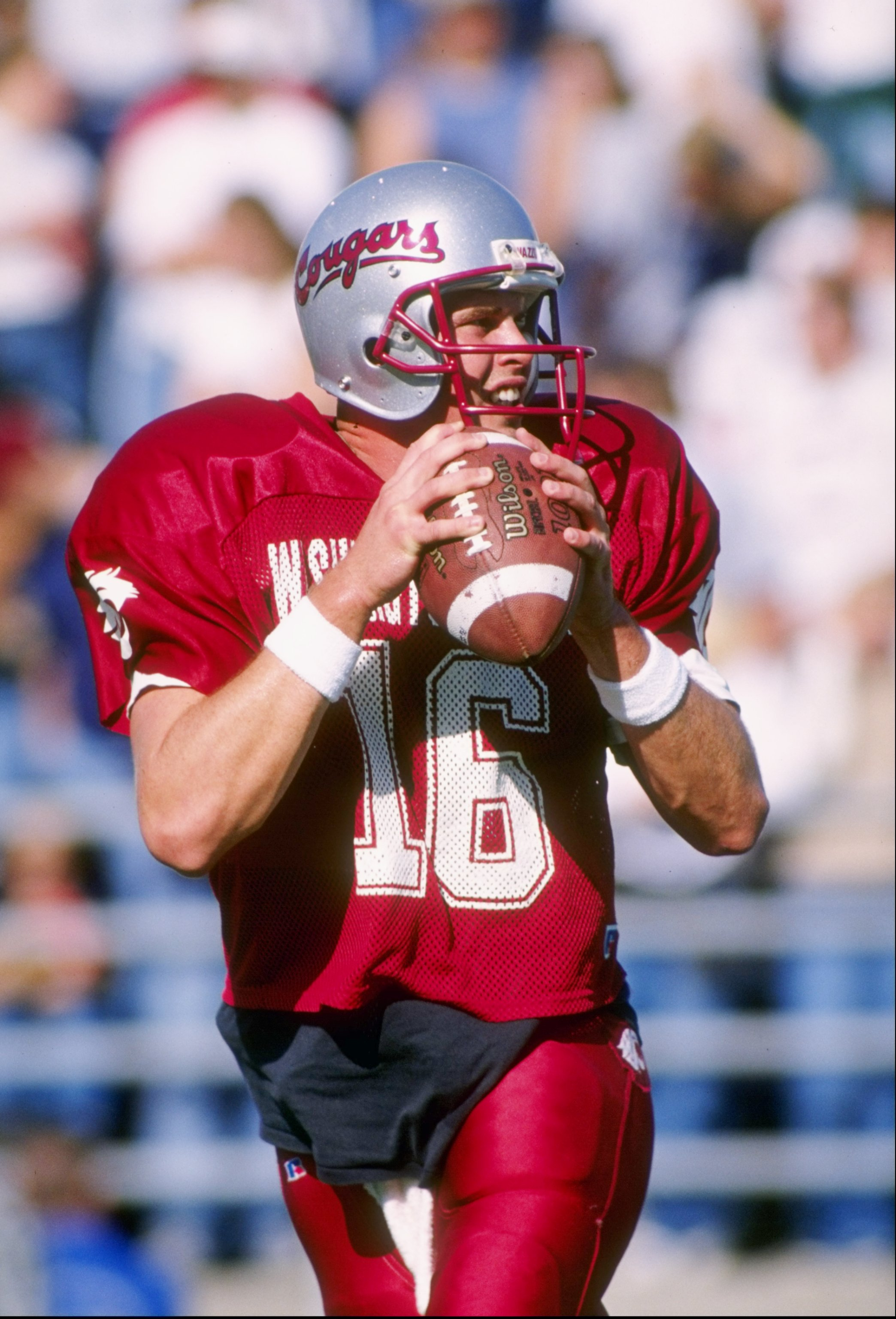 18 Oct 1997:  Quarterback Ryan Leaf of the Washington State Cougars looks to pass the ball during a game against the California Golden Bears at Martin Stadium in Pullman, Washington.  Washington State won the game, 63-37. Mandatory Credit: Otto Greule Jr.