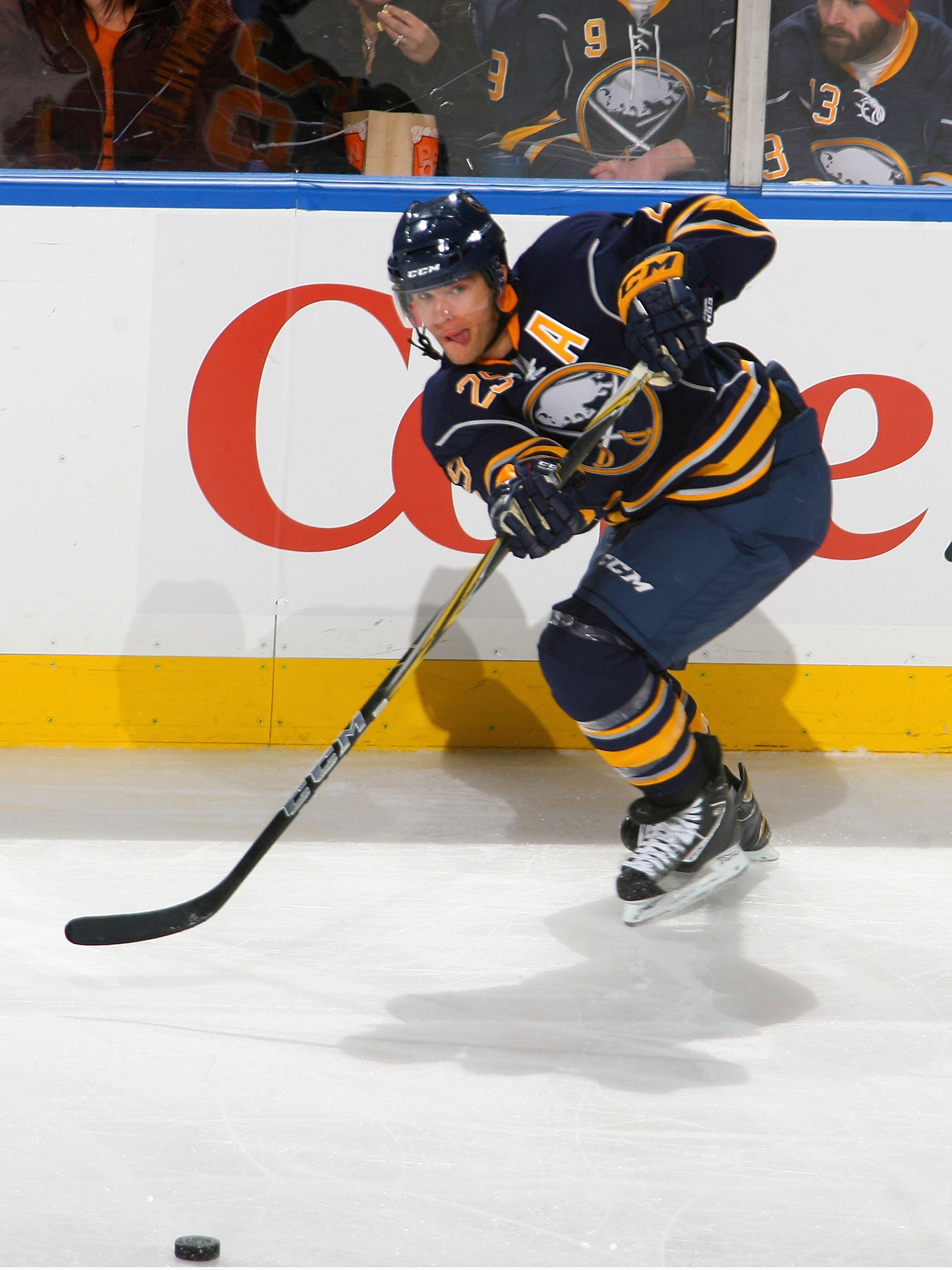 BUFFALO, NY - NOVEMBER 20: Jason Pominville #29 of the Buffalo Sabres makes a pass against the Tampa Bay Lightning at HSBC Arena on November 20, 2010 in Buffalo, New York.  (Photo by Rick Stewart/Getty Images)