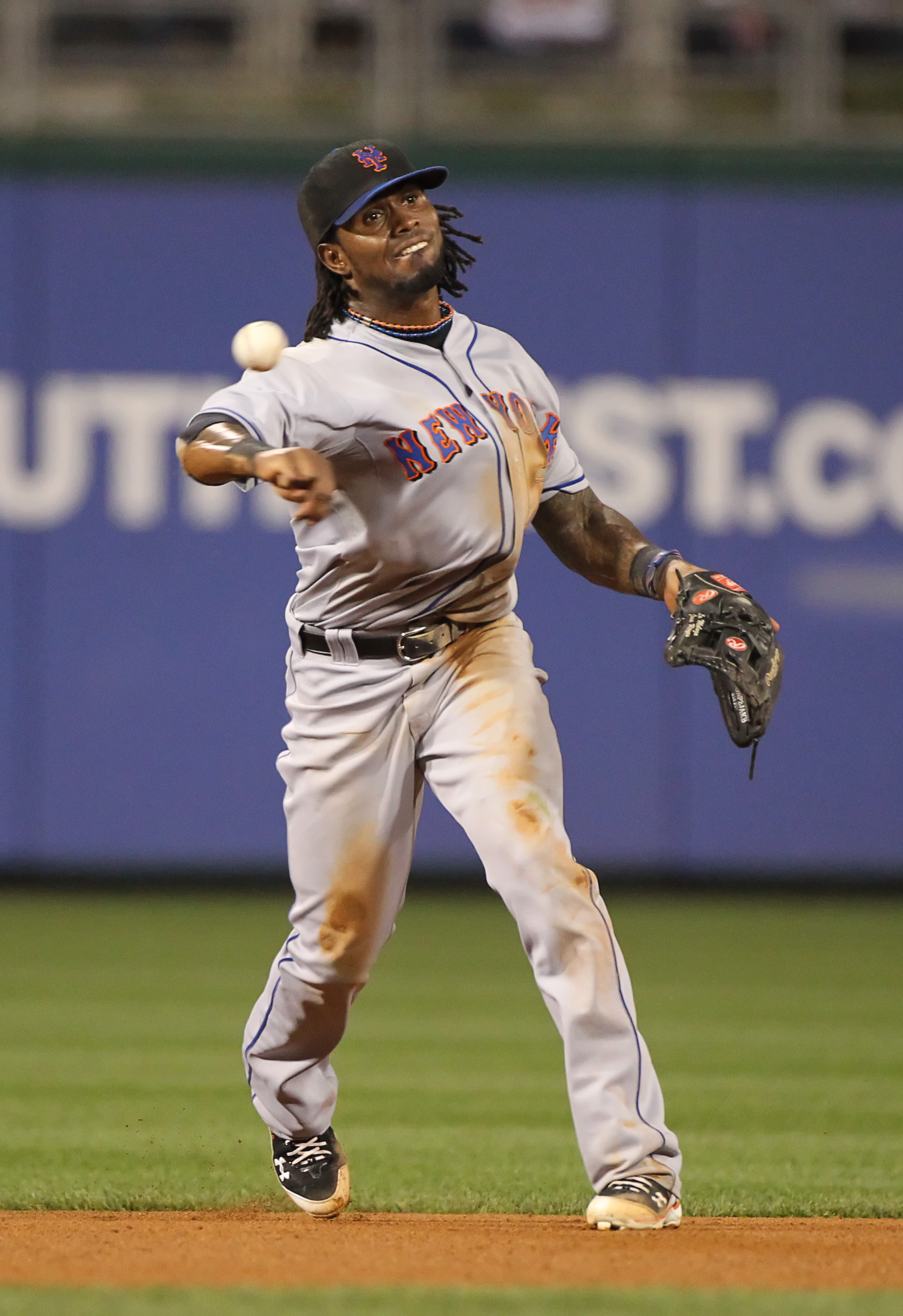 PHILADELPHIA - SEPTEMBER 25: Shortstop Jose Reyes #7 of the New York Mets throws to first base during a game against the Philadelphia Phillies at Citizens Bank Park on September 25, 2010 in Philadelphia, Pennsylvania. The Mets won 5-2. (Photo by Hunter Ma