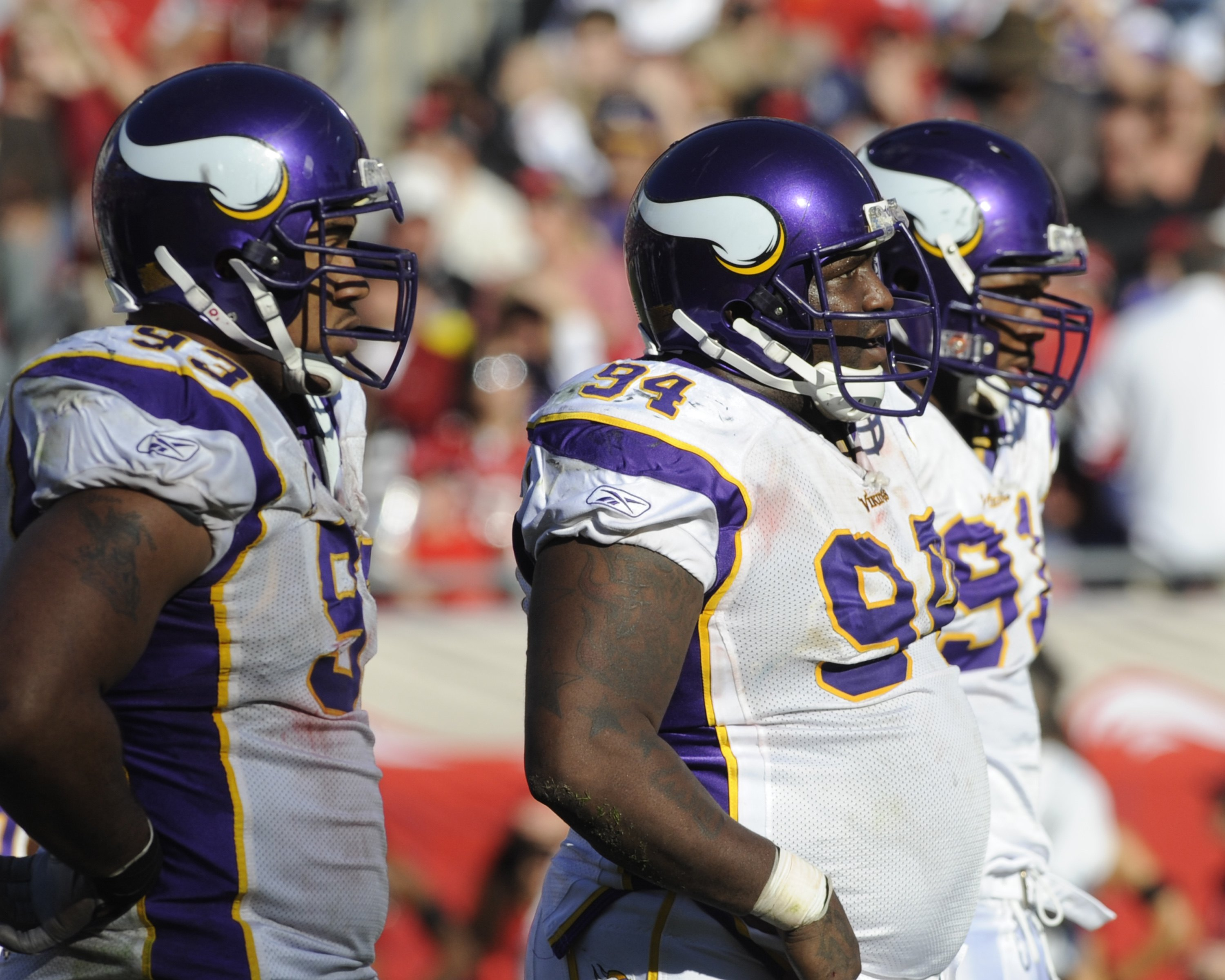 TAMPA, FL - NOVEMBER 16: Defensive tackle Pat Williams #94 of the Minnesota Vikings lines up for play against the Tampa Bay Buccaneers at Raymond James Stadium on November 16, 2008 in Tampa, Florida.  (Photo by Al Messerschmidt/Getty Images)