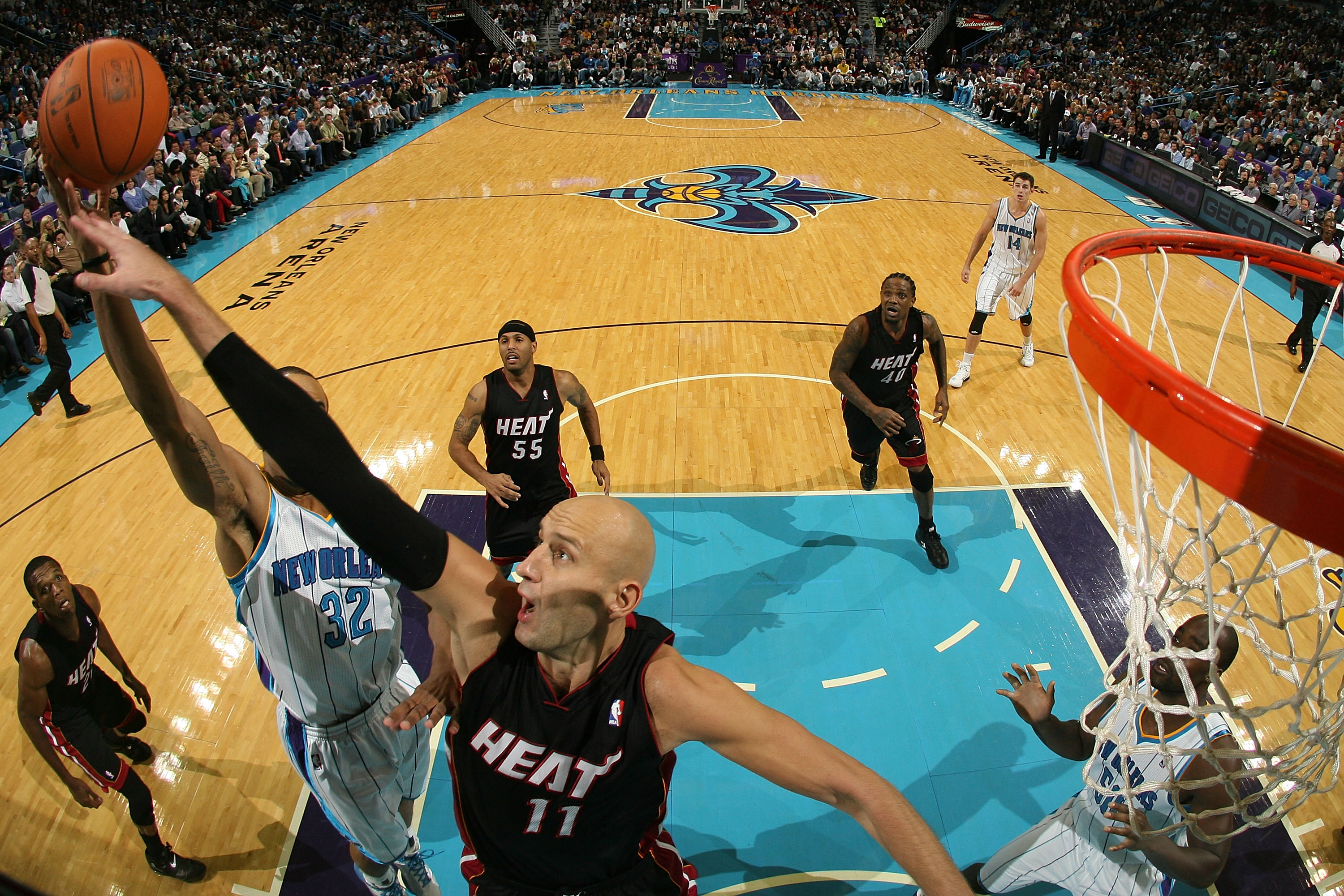 NEW ORLEANS - NOVEMBER 05:  Zydrunas Ilgauskas #11 of the Miami Heat shoots the ball during the game against the New Orleans Hornets at the New Orleans Arena on November 5, 2010 in New Orleans, Louisiana.  The Hornets defeated the Heat 96-93.    NOTE TO U