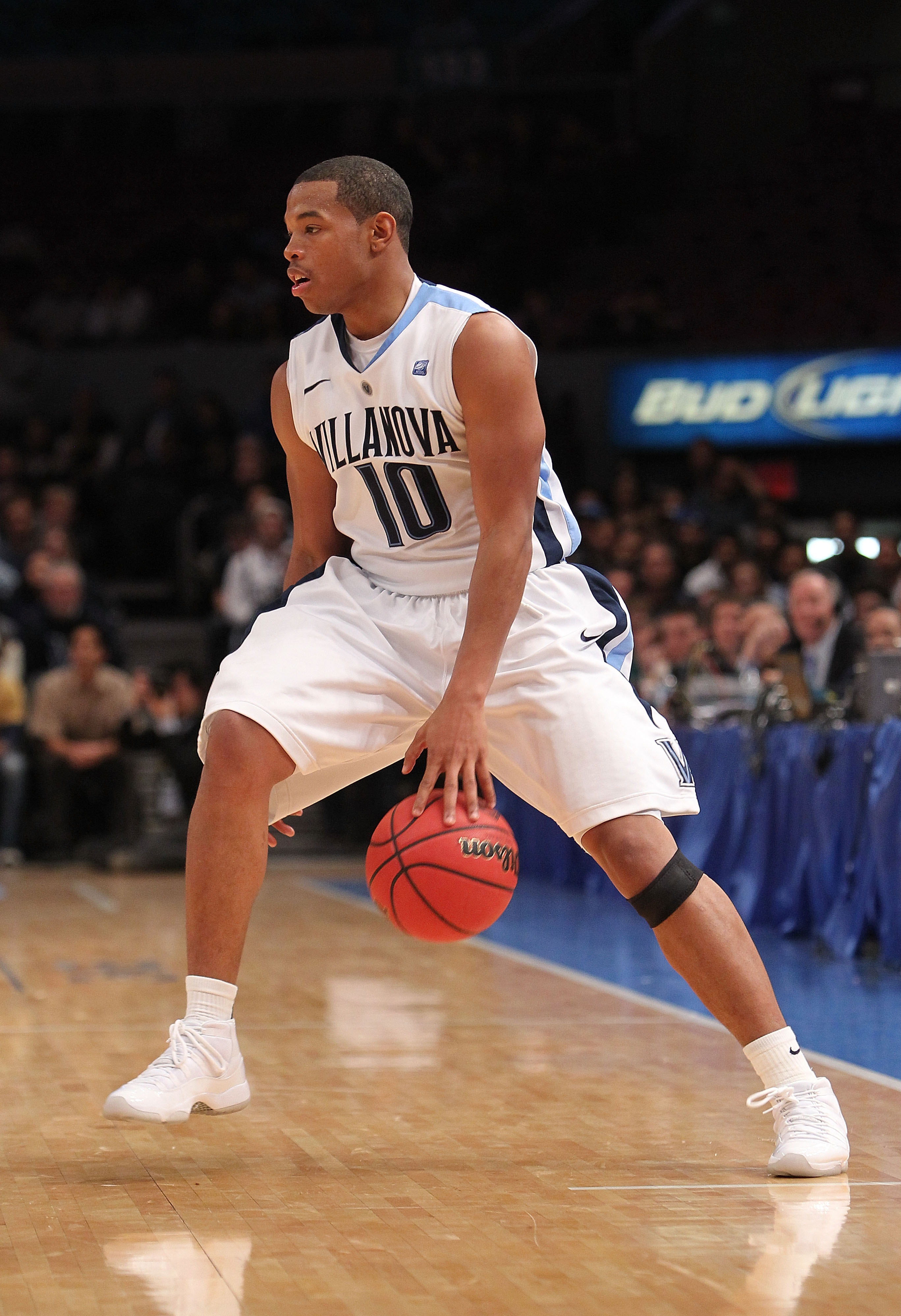 NEW YORK - NOVEMBER 24:  Corey Fisher #10 of the Villanova Wildcats dribbles against the UCLA Bruins during their preseason NIT semifinal at Madison Square Garden on November 24, 2010 in New York City.  (Photo by Nick Laham/Getty Images)
