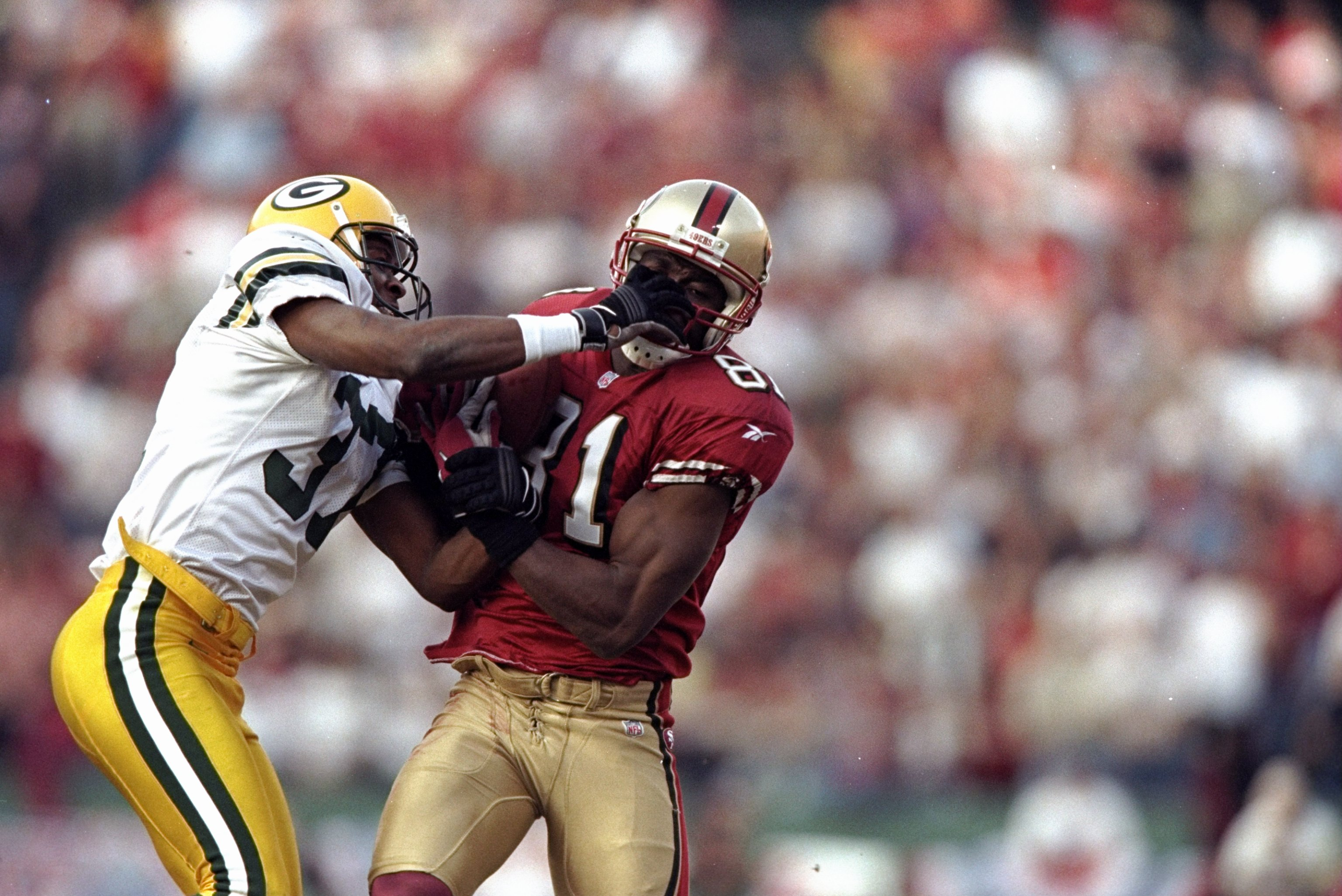 3 Jan 1999:  Terrell Owens #81 of the San Francisco 49ers in action during the NFC Wild Card Game against the Green Bay Packers at the 3 Comm Park in San Francisco, California. The 49ers defeated the Packers 24-17. Mandatory Credit: Todd Warshaw  /Allspor