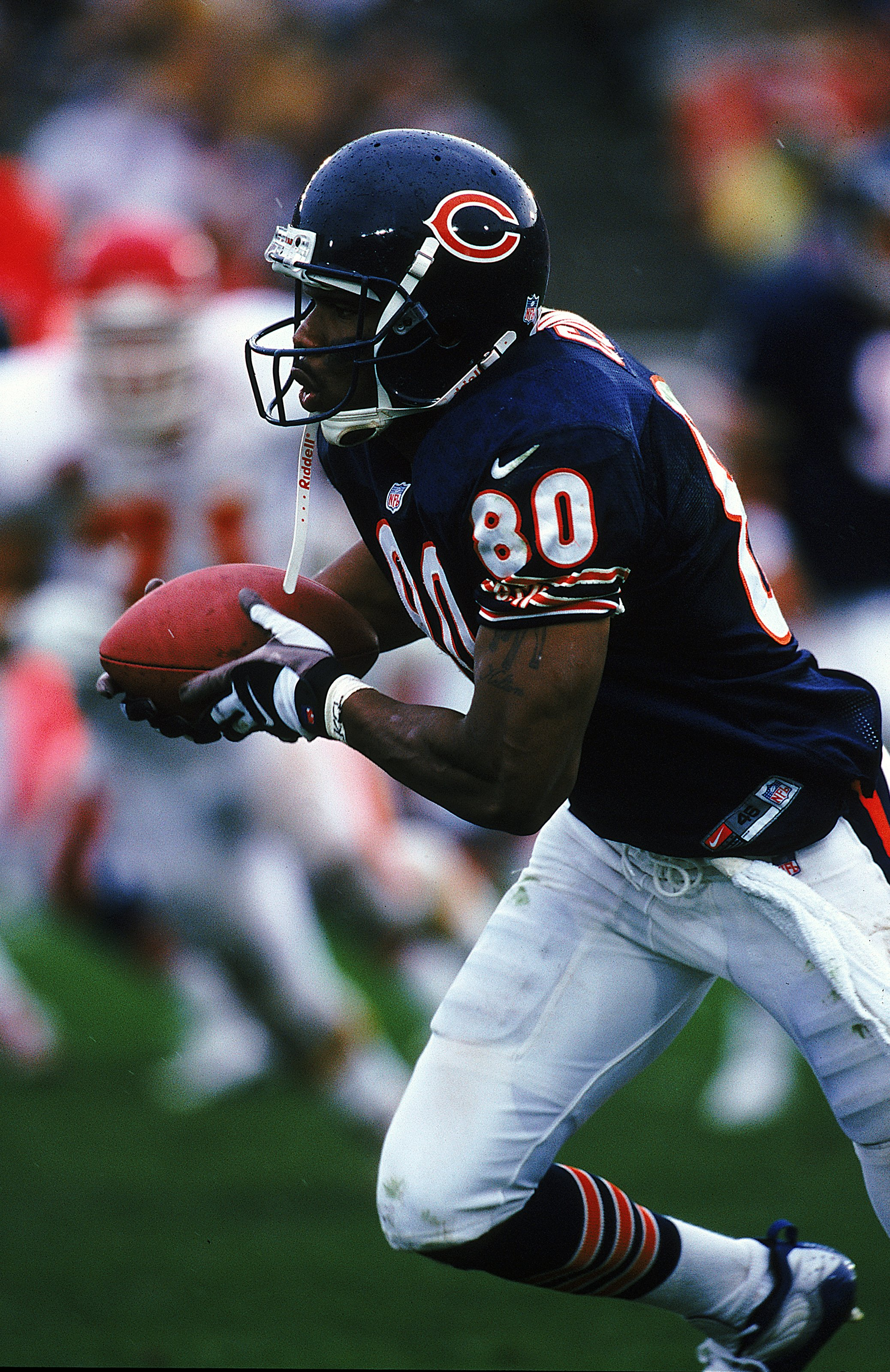 12 Sep 1999:  Curtis Conway #80 of the Chicago Bears is in action during the game against the Kansas City Chiefs at Soldier Field in Chicago, Illinois. The Bears defeated the Chiefs 20-17. Mandatory Credit: Jonathan Daniel  /Allsport