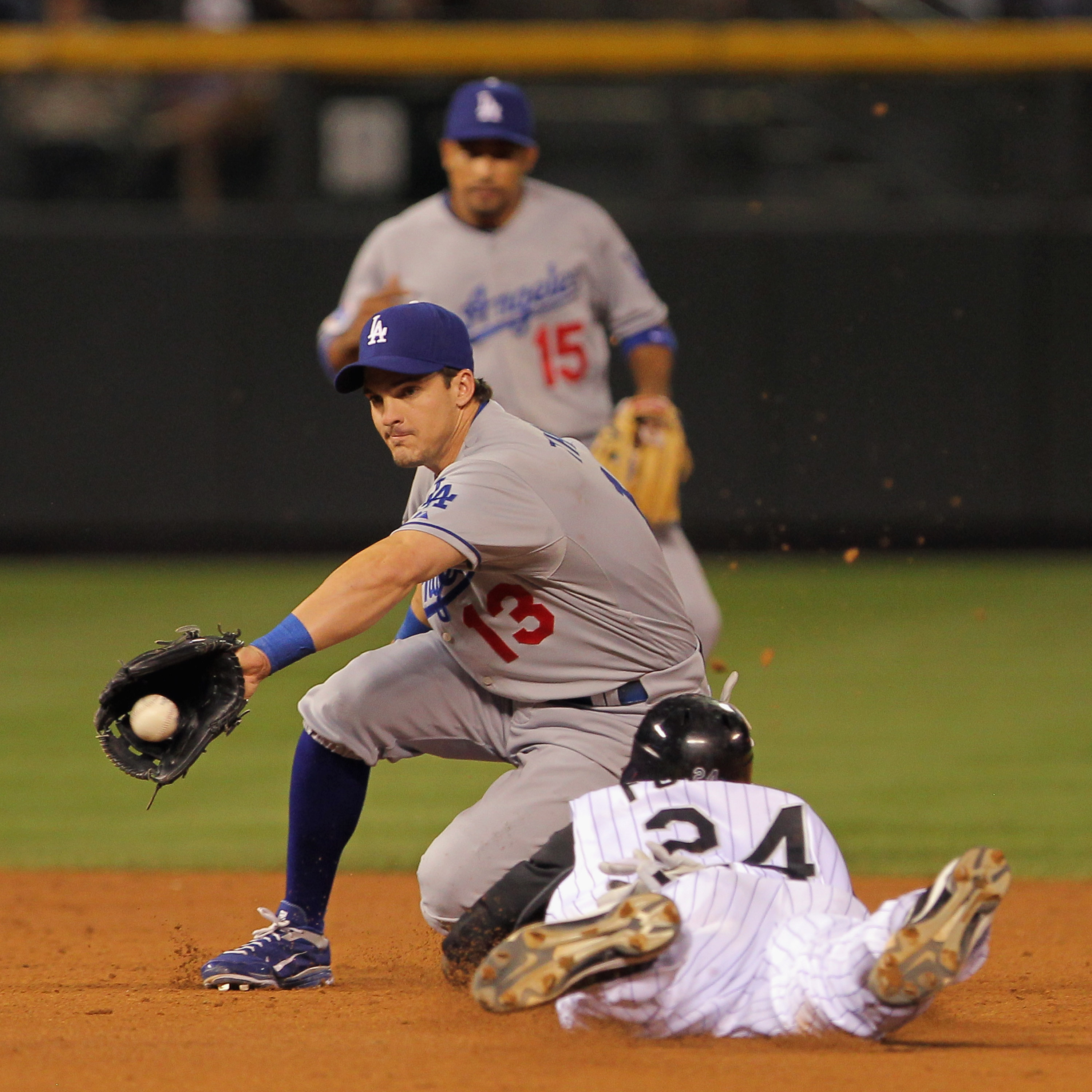 Ryan Theroit gets added to the Cardinals middle infield.