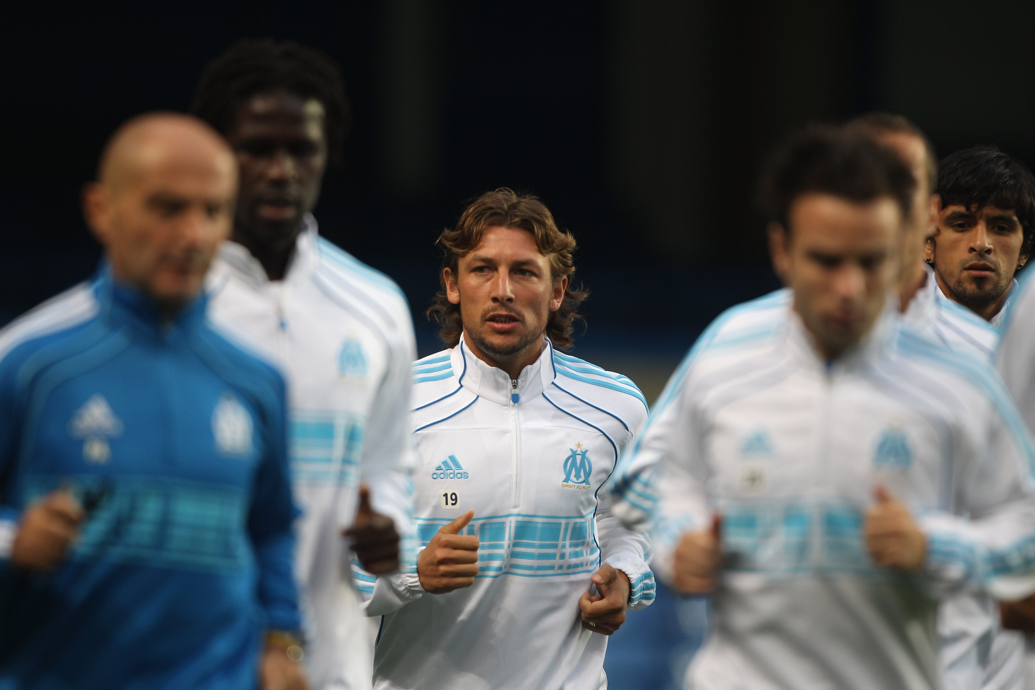 LONDON, ENGLAND - SEPTEMBER 27:  Gabriel Heinze of Marseille jogs during a training session ahead of their UEFA Champions League Group F match against Chelsea FC at Stamford Bridge on September 27, 2010 in London, England.  (Photo by Tom Shaw/Getty Images