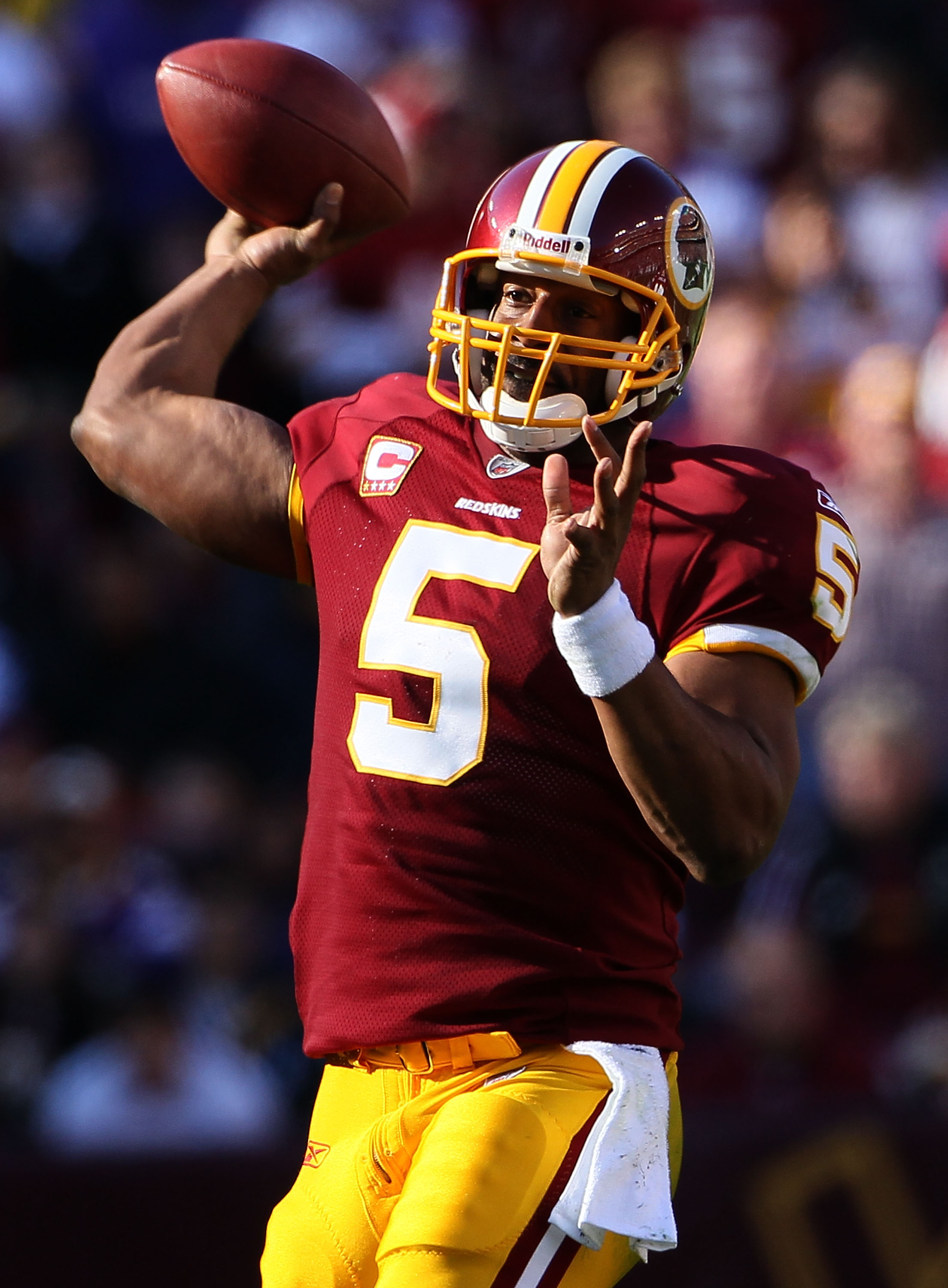 LANDOVER, MD - NOVEMBER 28:  Quarterback Donovan McNabb drops back to pass against the Minnesota Vikings at FedExField November 28, 2010 in Landover, Maryland. The Vikings won the game 17-13.  (Photo by Win McNamee/Getty Images)