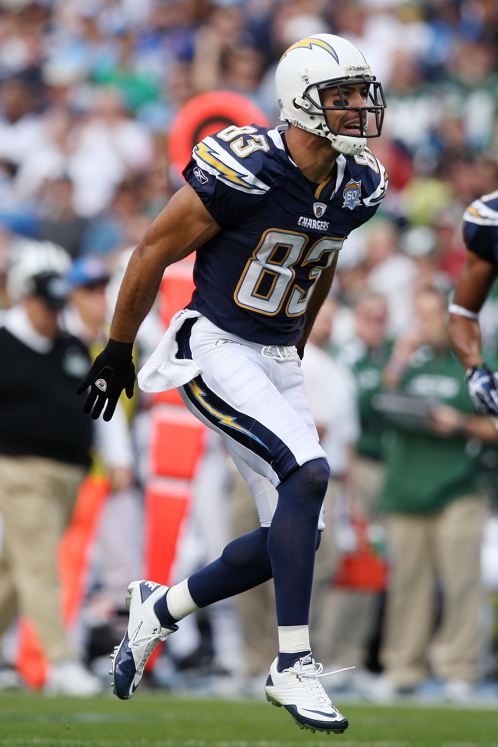 SAN DIEGO - JANUARY 17:  Wide receiver Vincent Jackson #83 of the San Diego Chargers reacts after a play against the New York Jets during  AFC Divisional Playoff Game at Qualcomm Stadium on January 17, 2010 in San Diego, California.  (Photo by Donald Mira