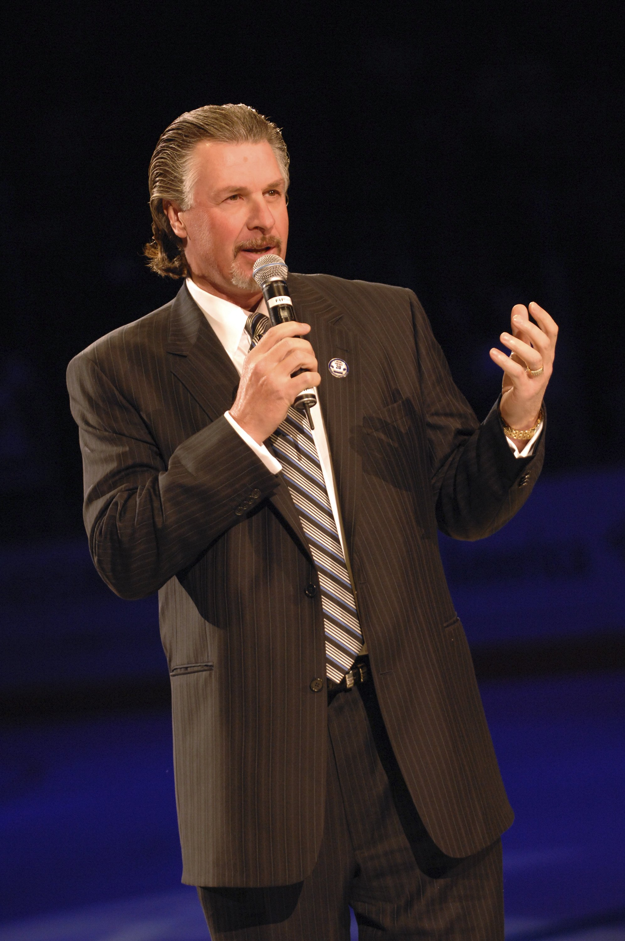 LOS ANGELES, CA- JANUARY 20: Barry Melrose talks during the Luc Robitaille jersey retirement ceremony before the Los Angeles Kings play against the Phoenix Coyotes on January 20, 2007 at the Staples Center in Los Angeles, California.  (Photo by Noah Graha