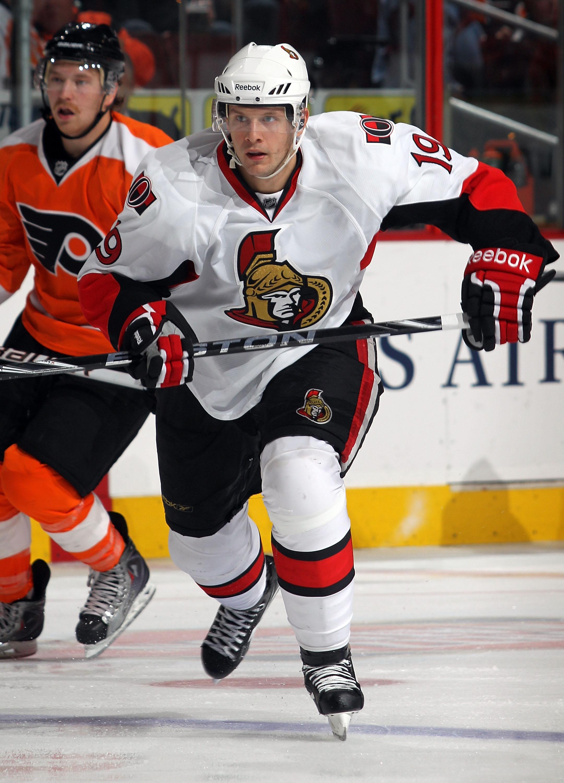 PHILADELPHIA - NOVEMBER 15:  Jason Spezza #19 of the Ottawa Senators skates against the Philadelphia Flyers at the Wells Fargo Center on November 15, 2010 in Philadelphia, Pennsylvania.  (Photo by Bruce Bennett/Getty Images)