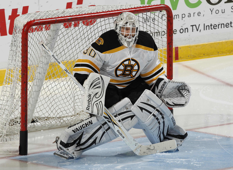 Tim Thomas has led the Boston Bruins to 13 of their 15 wins this season.