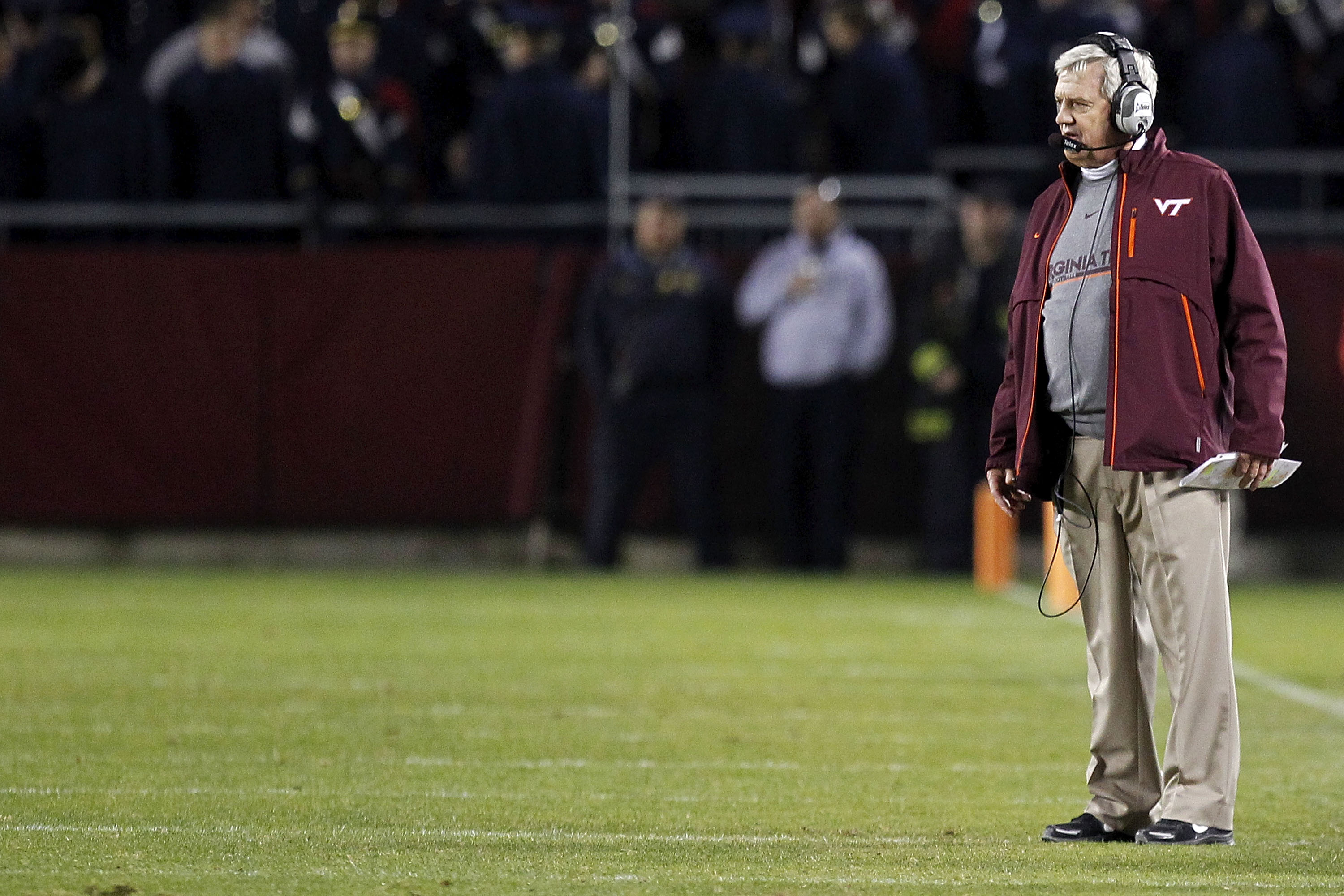 BLACKSBURG, VA - NOVEMBER 04: Head coach Frank Beamer of the Virginia Tech Hokies watches from the sidelines against the Georgia Tech Yellow Jackets at Lane Stadium on November 4, 2010 in Blacksburg, Virginia.  (Photo by Geoff Burke/Getty Images)