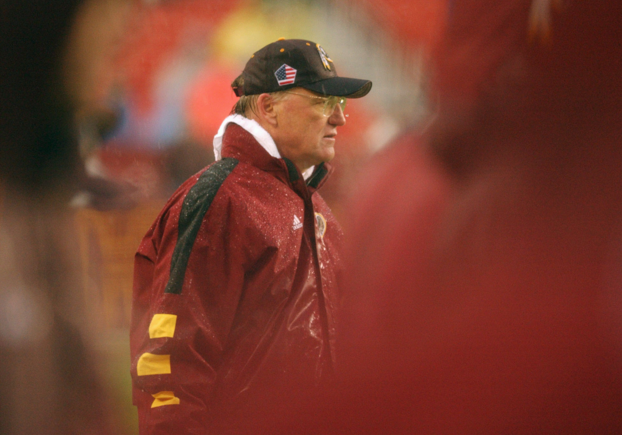 06 Jan 2002:  Marty Schottenheimer head coach of the Washington Redskins logged an 8-8 record for the Redskins as they defeated the Arizona Cardinals 20-17 during week 17 NFL action at FedEx Field in Landover, Maryland. DIGITAL IMAGE. Mandatory Credit: Do