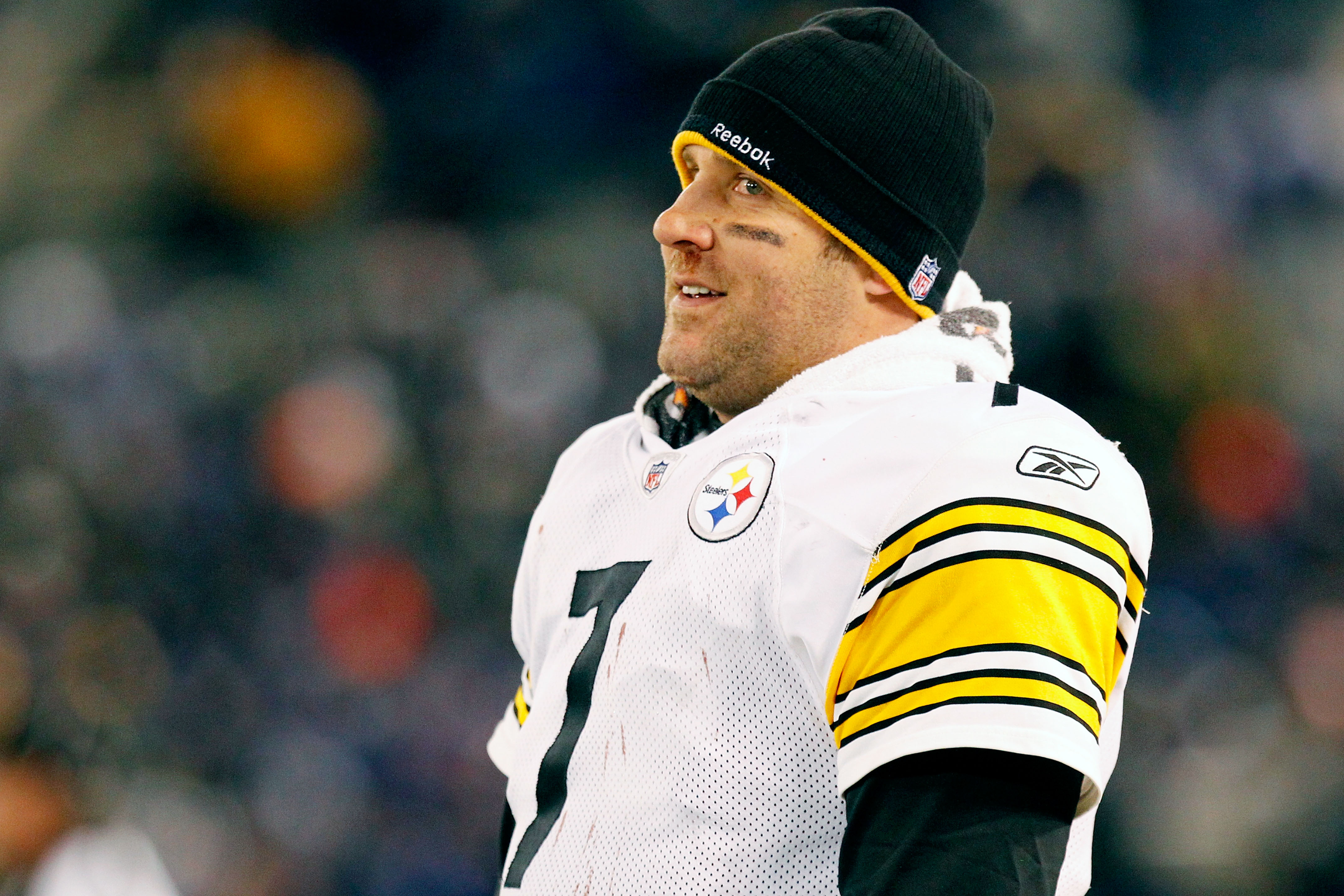 BALTIMORE, MD - DECEMBER 05:  Quarterback Ben Roethlisberger #7 of the Pittsburgh Steelers looks on from the sidelines during the fourth quarter of the game against the Baltimore Ravens at M&T Bank Stadium on December 5, 2010 in Baltimore, Maryland. Pitts