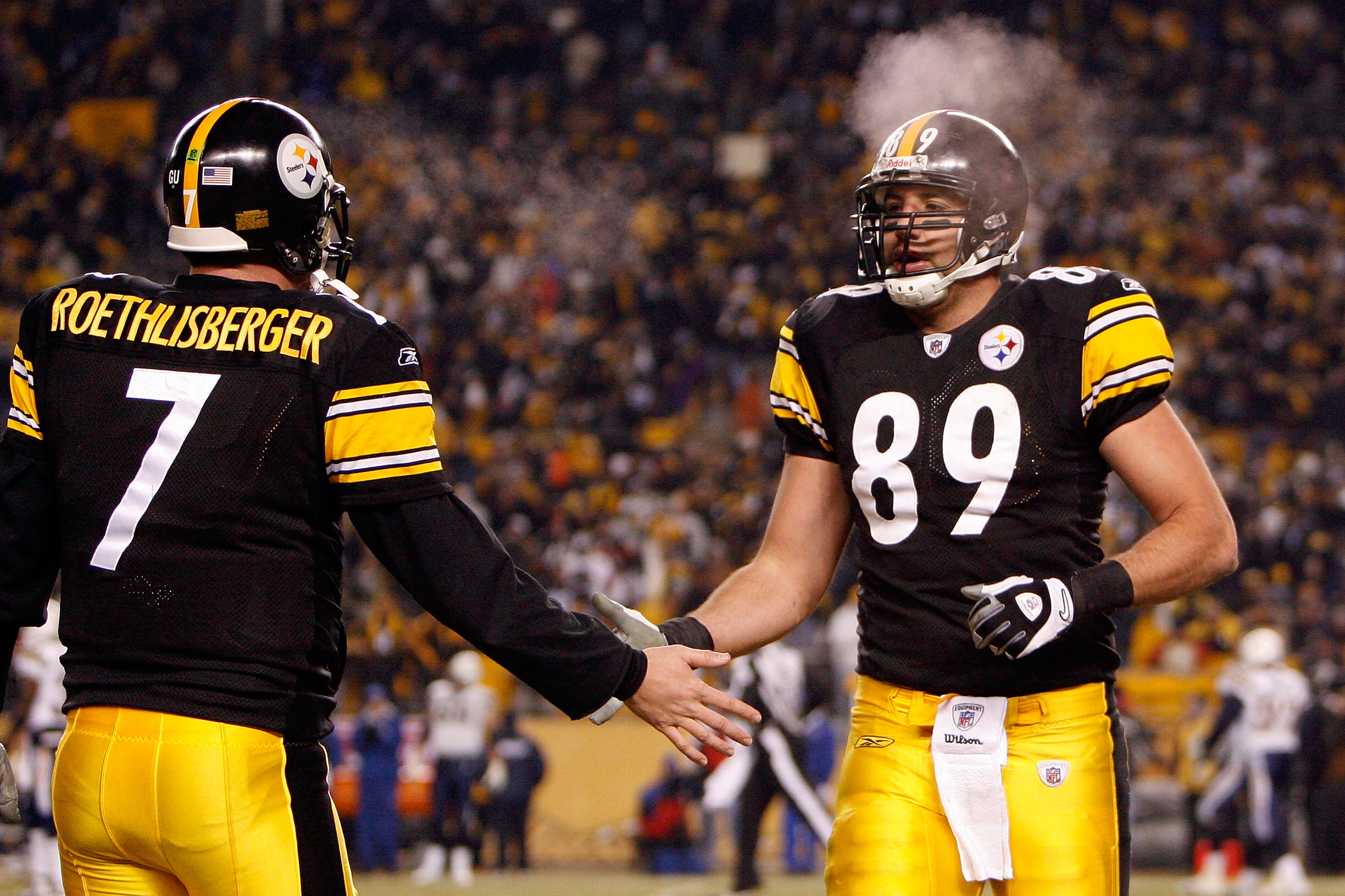 PITTSBURGH - JANUARY 11:  (L-R) Ben Roethlisberger #7 and Matt Spaeth #89 of the Pittsburgh Steelers celebrate after Heath Miller #83 scored a 8-yard touchdown reception in the third quarter against the San Diego Chargers during their AFC Divisional Playo
