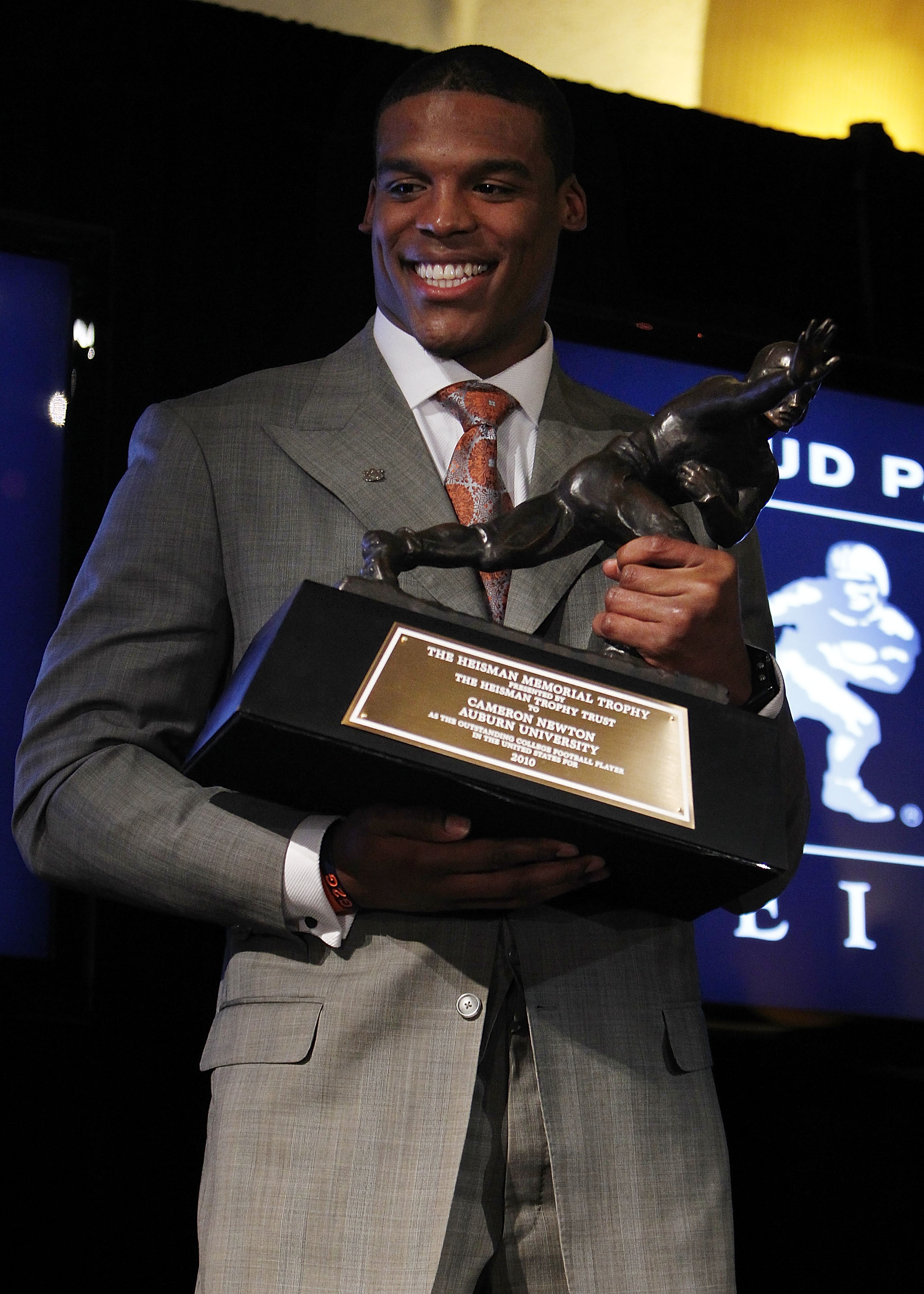 Heisman Trophy 2010  Why Cam Newton Investigation Forever Taints His ... d51070202