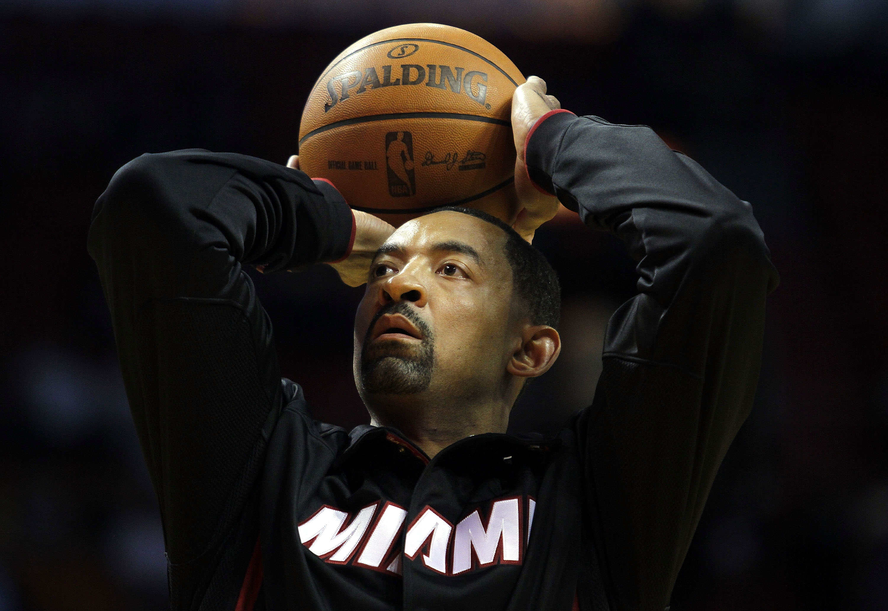 MIAMI - OCTOBER 18:  Forward Juwan Howard #5 of the Miami Heat prepares to face the Charlotte Bobcats on October 18, 2010 at American Airlines Arena in Miami, Florida. NOTE TO USER: User expressly acknowledges and agrees that, by downloading and/or using