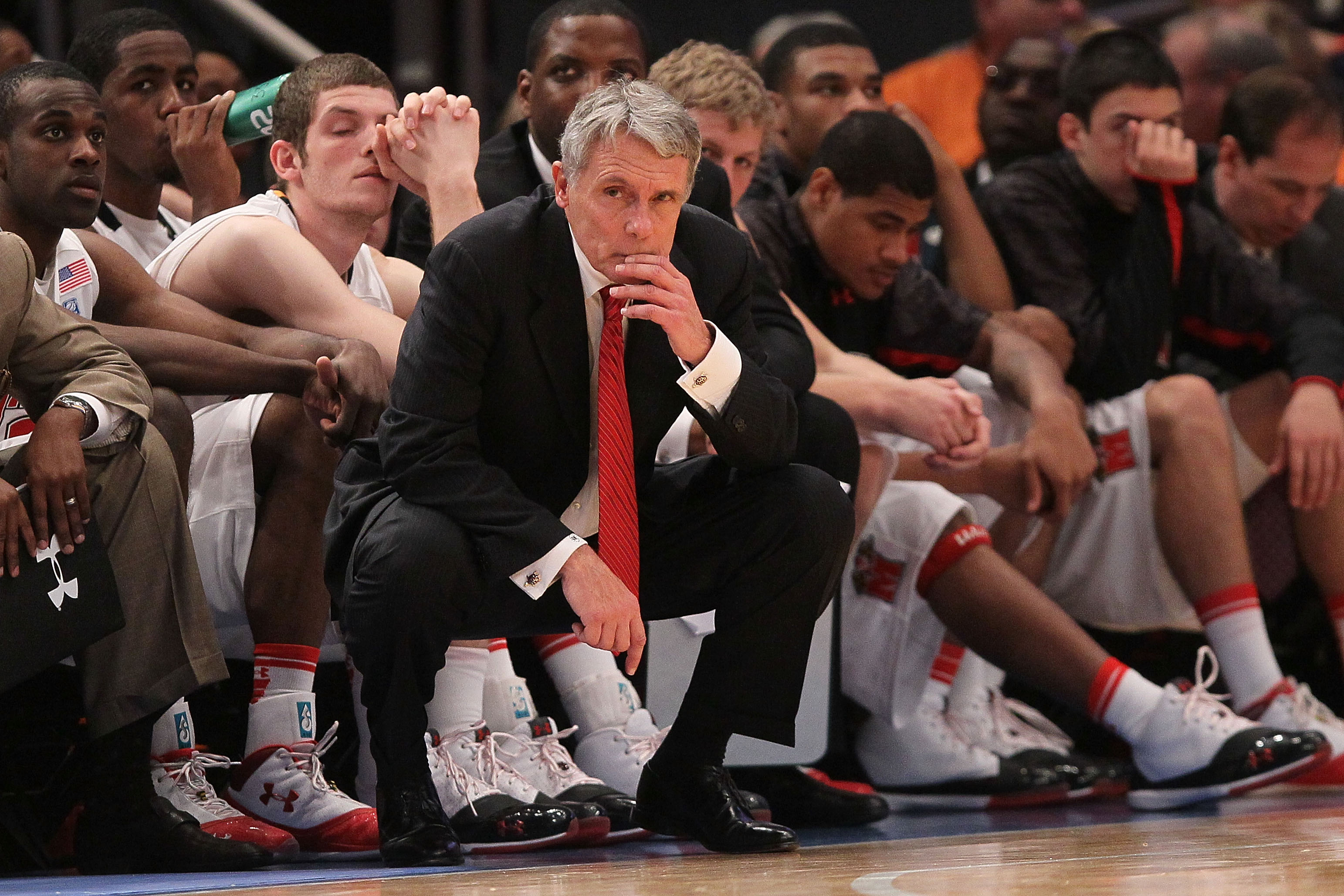 NEW YORK - NOVEMBER 18:  Head coach Gary Williams of the Maryland Terrapins watches on in the closing minute against the Pittsburgh Panthers during the 2k Sports Classic at Madison Square Garden on November 18, 2010 in New York, New York.  (Photo by Chris