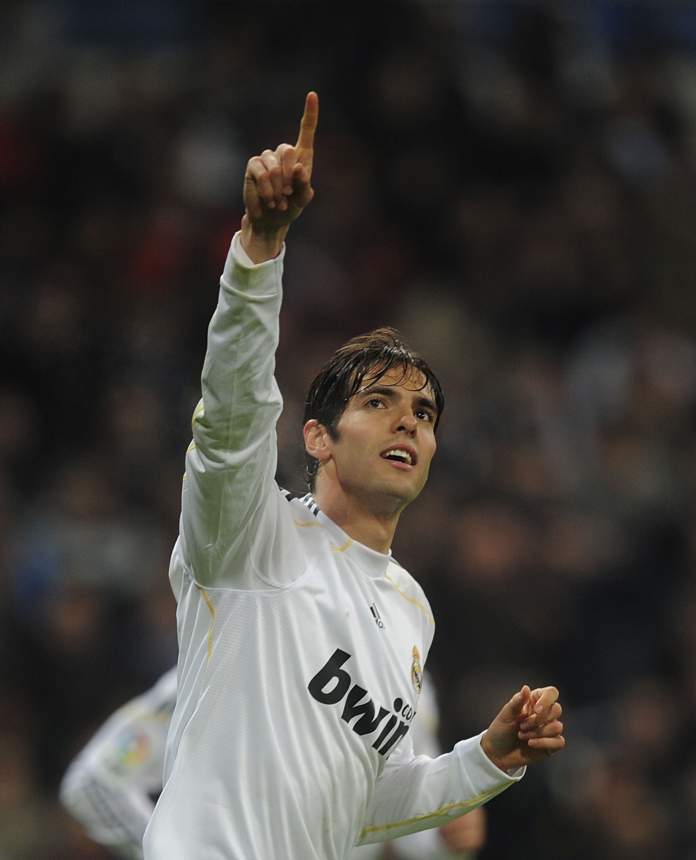 MADRID, SPAIN - FEBRUARY 21: Kaka of Real Madrid celebrates after scoring Real's second goal during the La Liga match between Real Madrid and Villarreal at Estadio Santiago Bernabeu on February 21, 2010 in Madrid, Spain.  (Photo by Denis Doyle/Getty Image