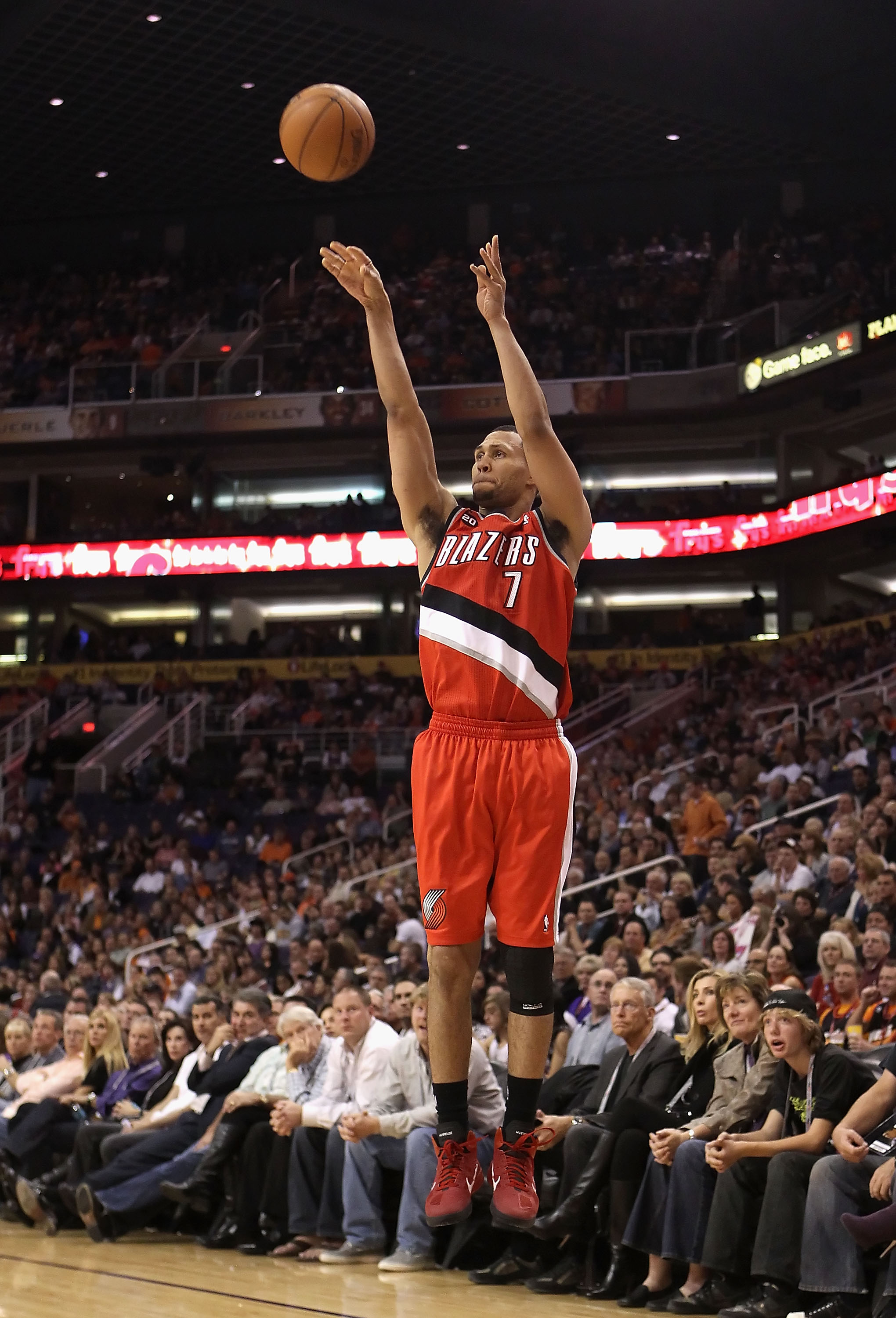 PHOENIX - DECEMBER 10:  Brandon Roy #7 of the Portland Trail Blazers puts up a three point shot during the NBA game against the Phoenix Suns at US Airways Center on December 10, 2010 in Phoenix, Arizona. The Trail Blazers defeated the Suns 101-94. NOTE TO