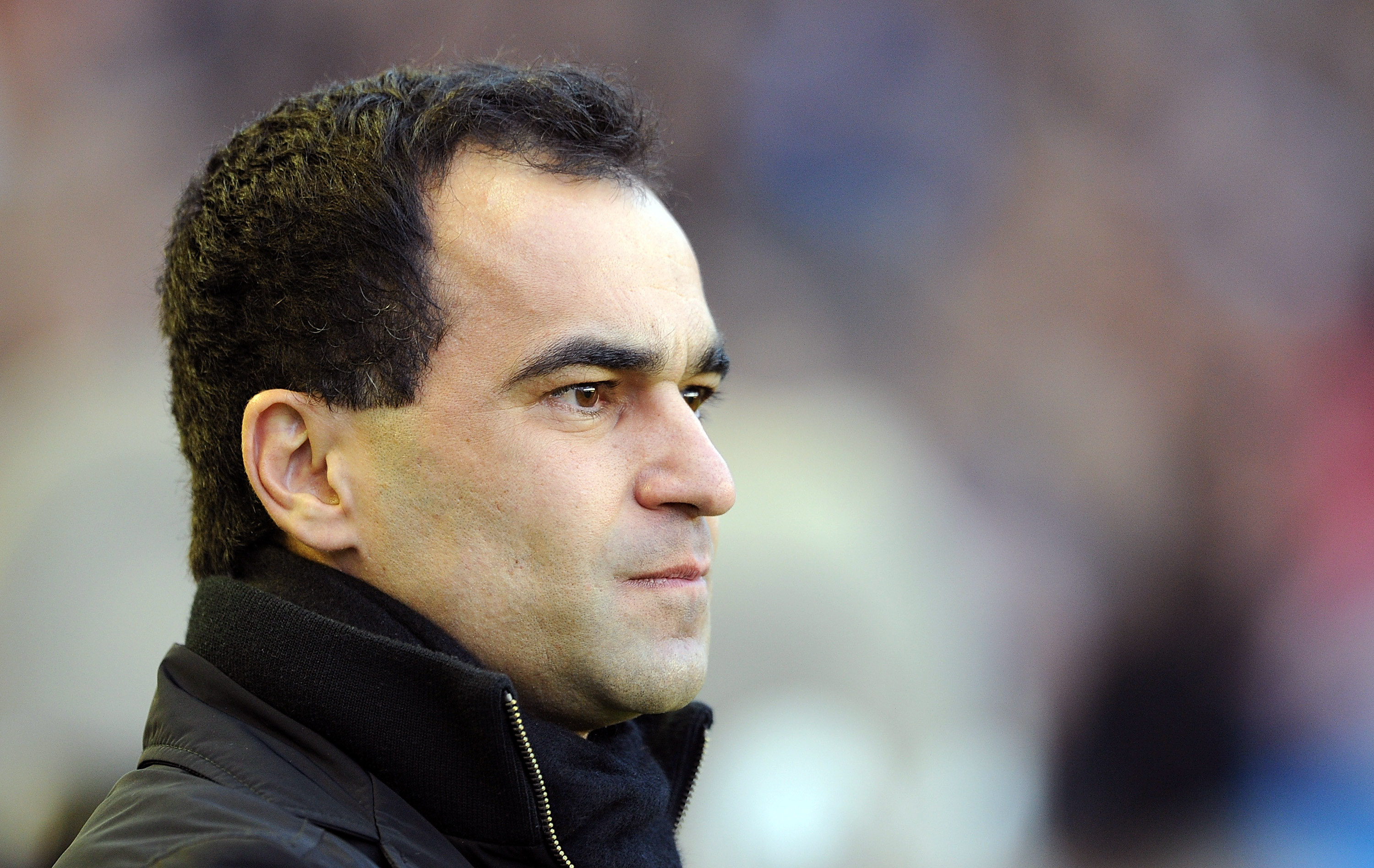 LIVERPOOL, ENGLAND - DECEMBER 11:  Wigan Athletic manager Roberto Martinez looks on during the Barclays Premier League match between Everton and Wigan Athletic at Goodison Park on December 11, 2010 in Liverpool, England.  (Photo by Chris Brunskill/Getty I