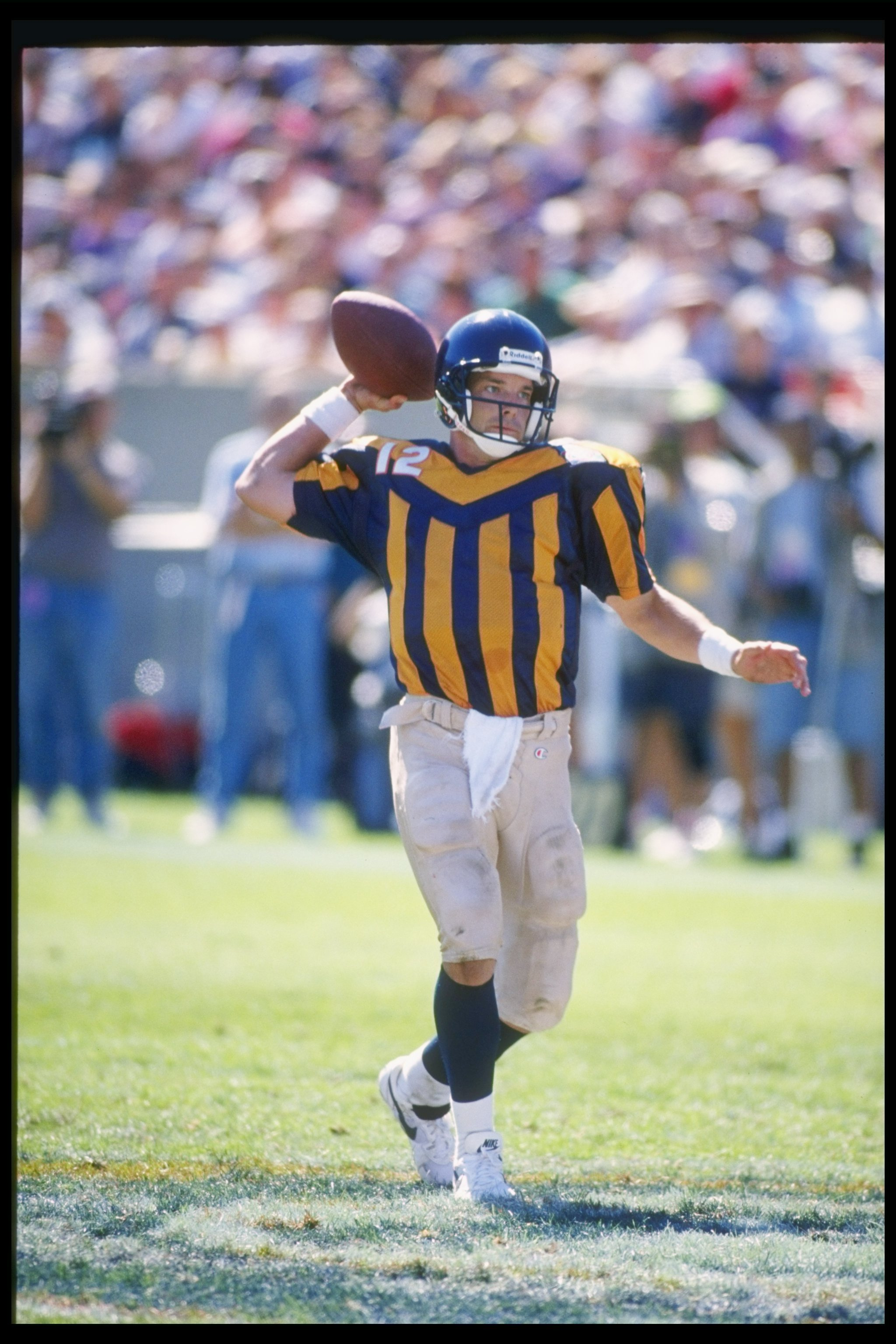 new styles 25ff5 9f0b0 The Worst Uniforms in the History of Every NFL Team ...