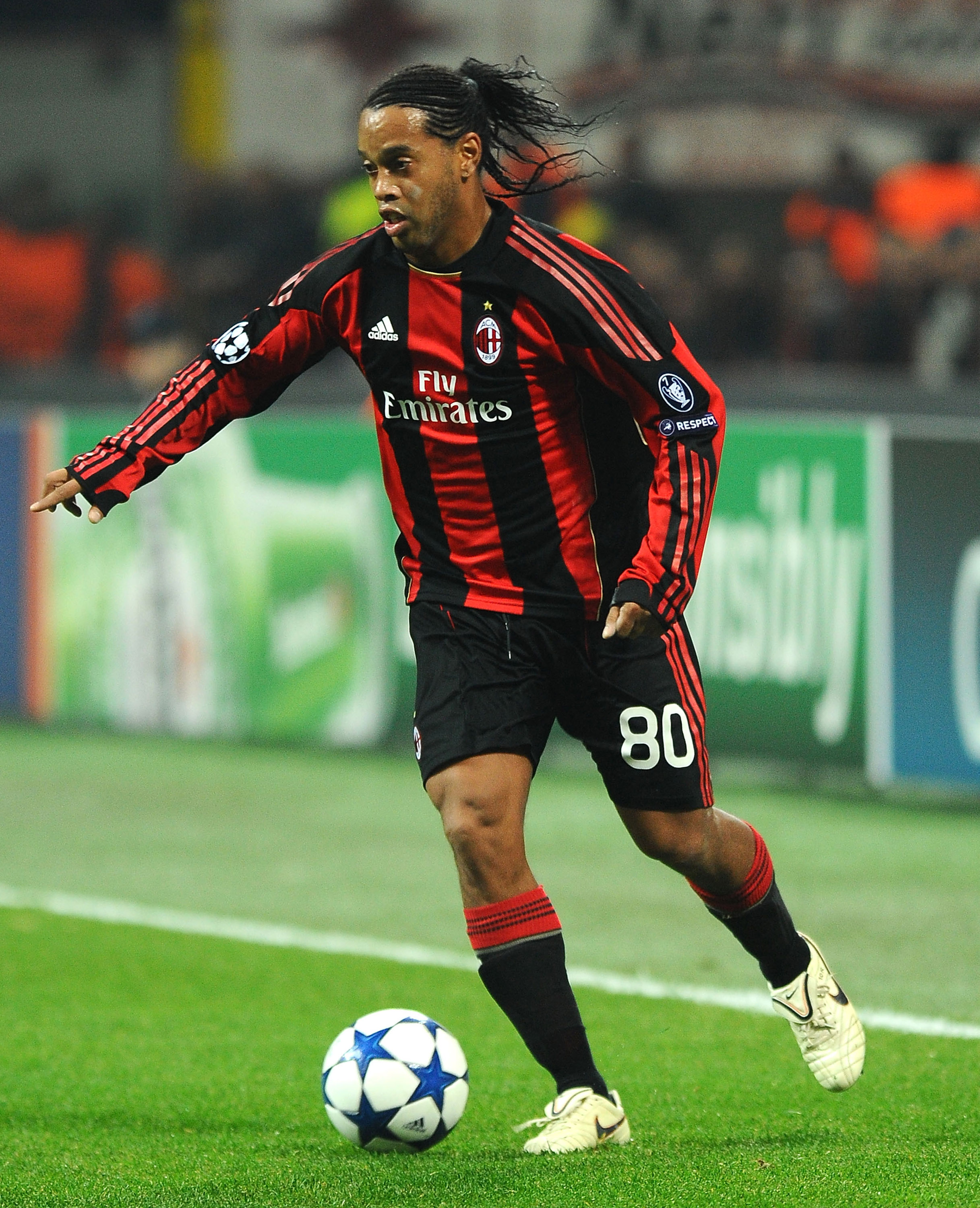 MILAN, ITALY - NOVEMBER 03: Ronaldinho of AC Milan in action during the UEFA Champions League group G match between AC Milan and Real Madrid at Stadio Giuseppe Meazza on November 3, 2010 in Milan, Italy. (Photo by Massimo Cebrelli/Getty Images)
