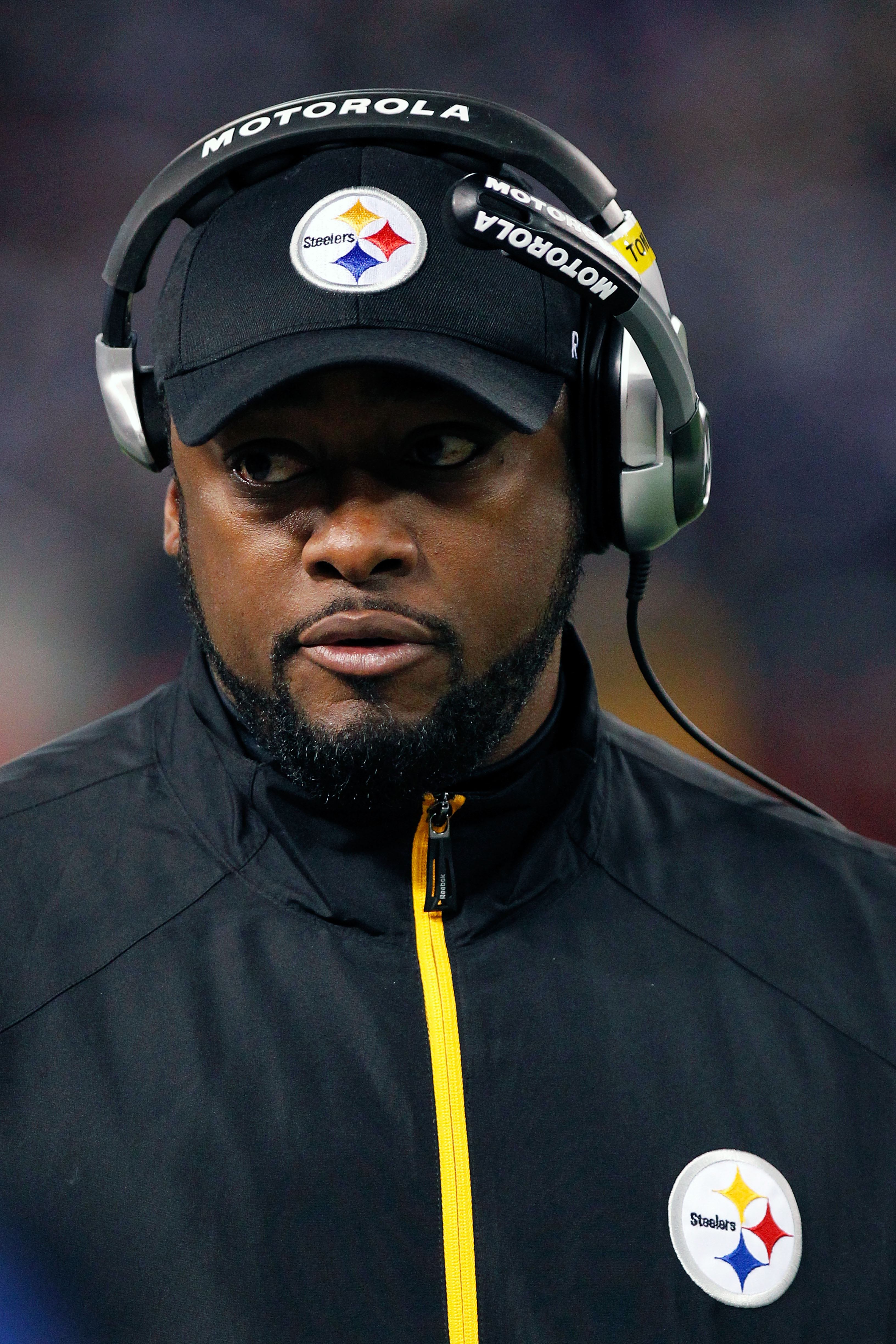BALTIMORE, MD - DECEMBER 05:  Mike Tomlin head coach of the Pittsburgh Steelers looks on during the game against the Baltimore Ravens at M&T Bank Stadium on December 5, 2010 in Baltimore, Maryland. Pittsburgh won 13-10.  (Photo by Geoff Burke/Getty Images
