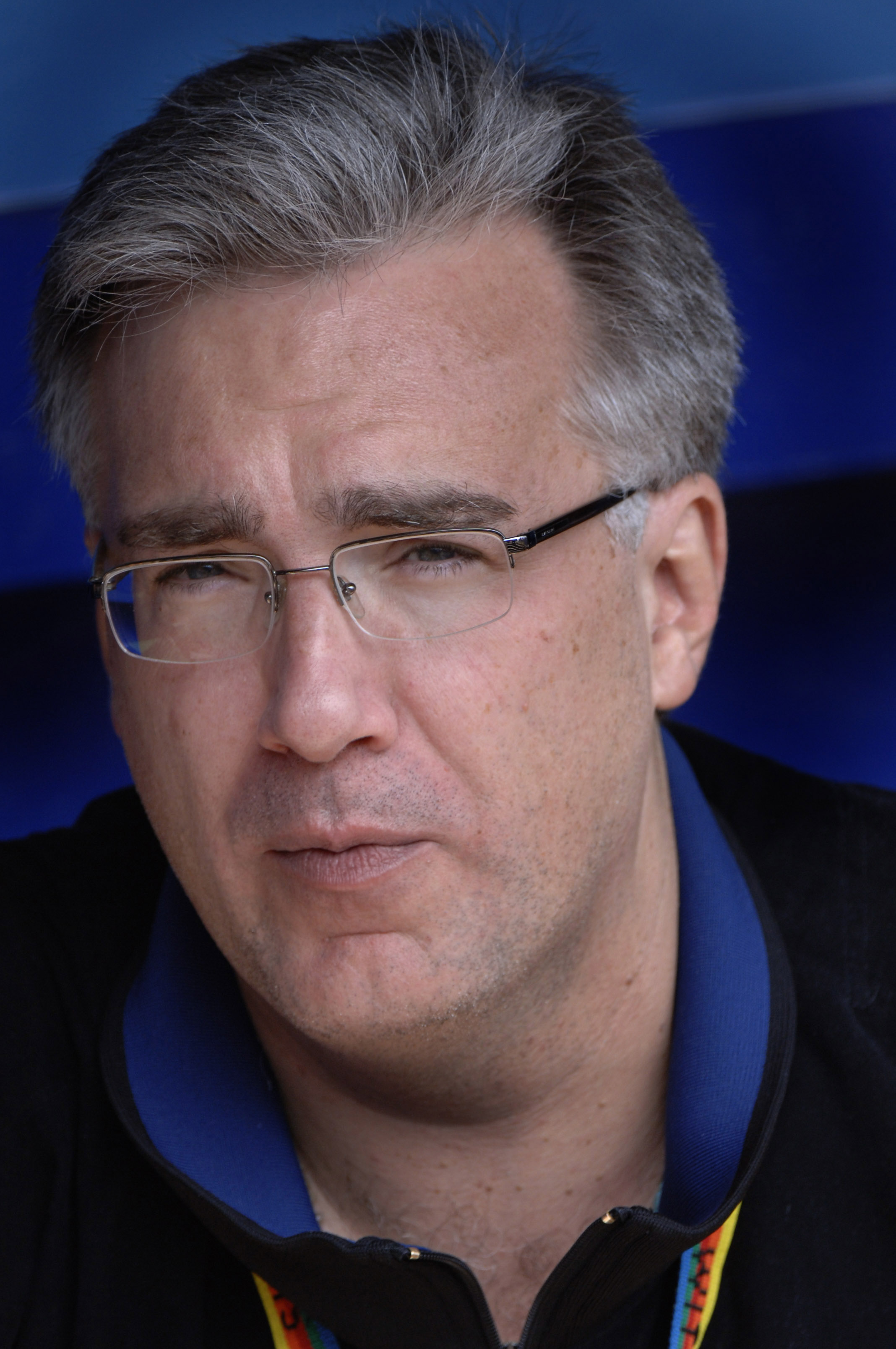 MSNBC commentator Keith Olbermann in the dugout before the Milwaukee Brewers play against the New York Mets, April 15, 2006 at Shea Stadium.   The Brewers defeated the Mets 8 - 2. (Photo by A. Messerschmidt/Getty Images)