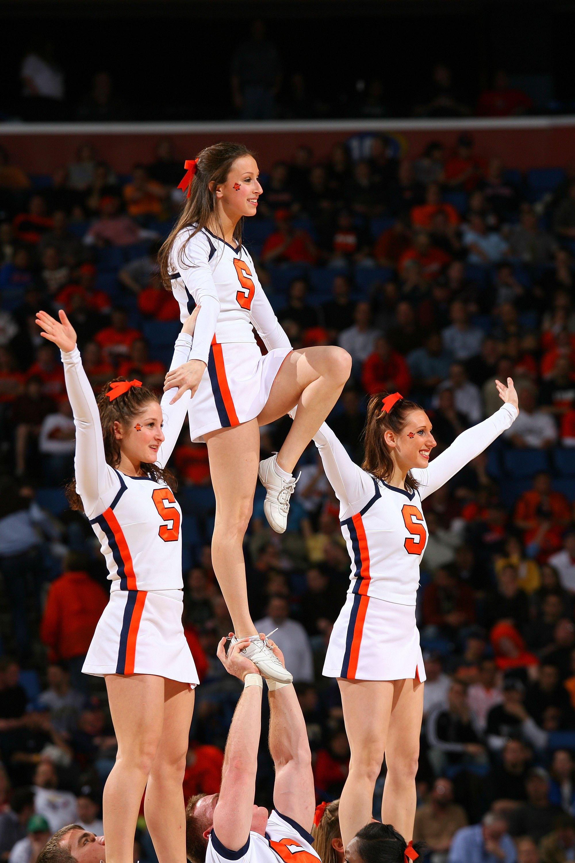 College Basketball S Top 25 Hottest Cheerleaders Bleacher