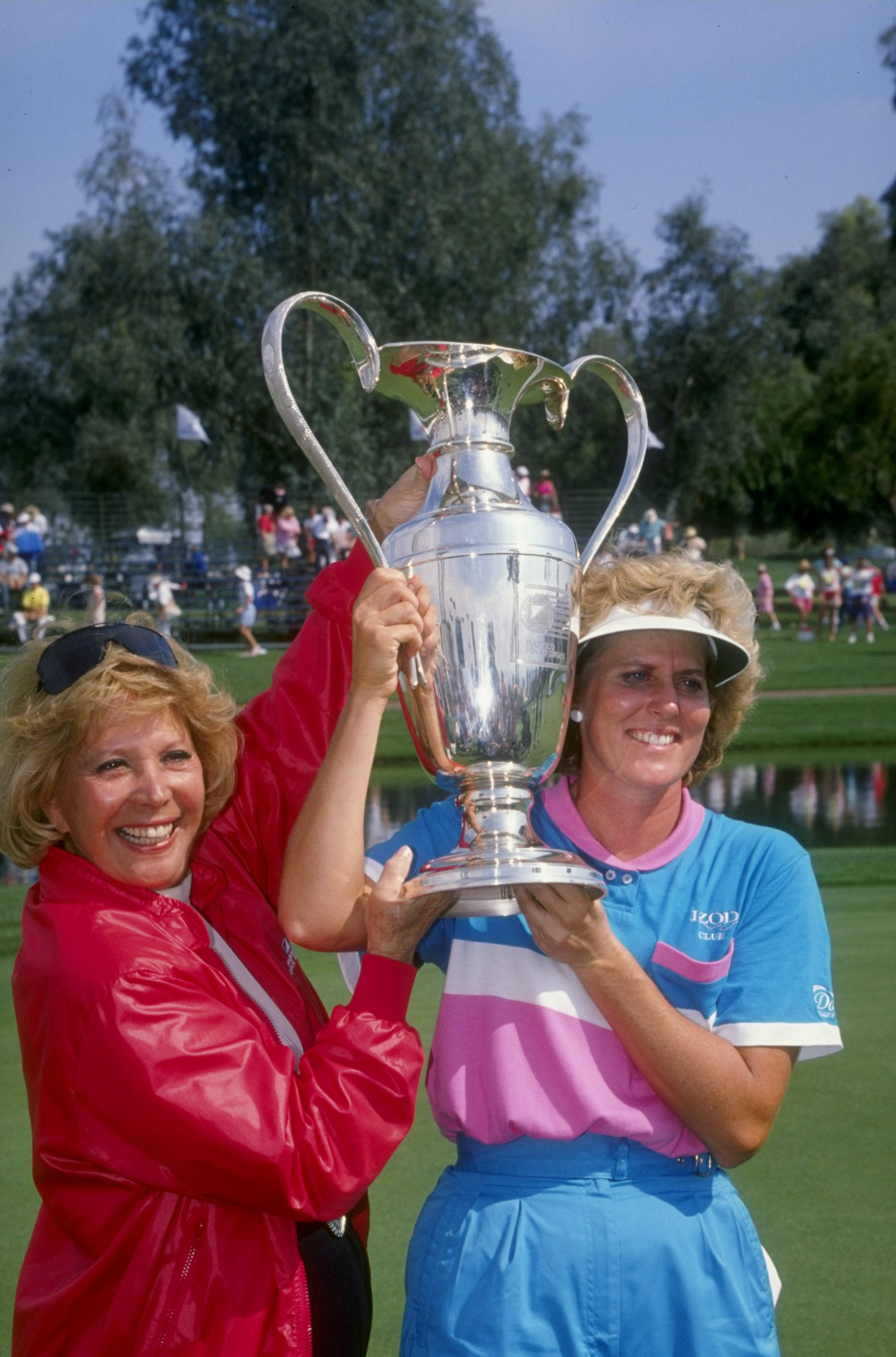 1990:  Betsy King poses with the trophy after winning the 1990 Dinah Shore Golf Tournament at the Mission Hills Country Club in Rancho Mirage, California. Mandatory Credit: Ken Levine  /Allsport