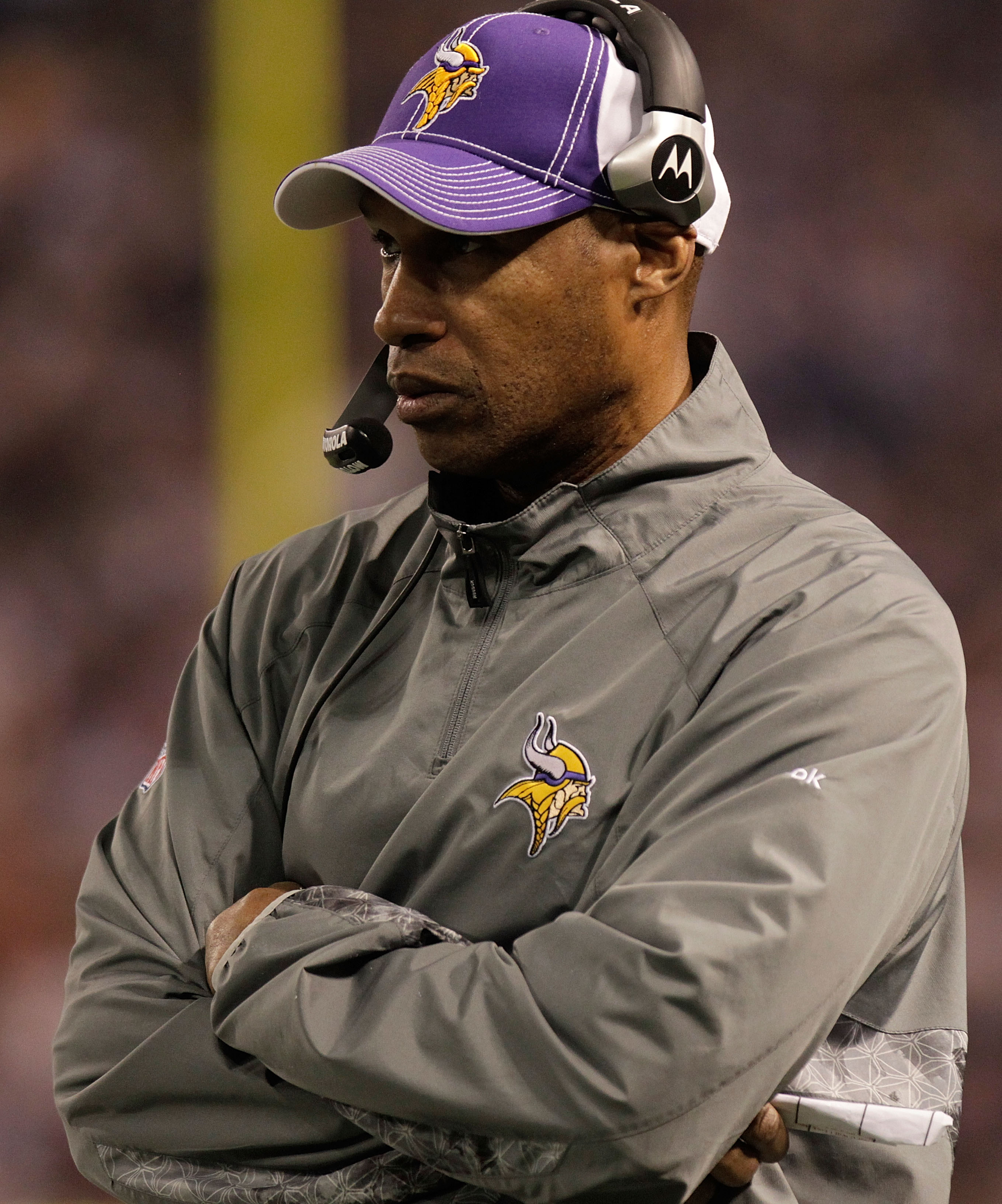 MINNEAPOLIS, MN - DECEMBER 05:  Head coach of the Minnesota Vikings, Leslie Frazier looks on from the sideline against the Buffalo Bills at the Mall of America Field at the Hubert H. Humphrey Metrodome on December 5, 2010 in Minneapolis, Minnesota.  (Phot